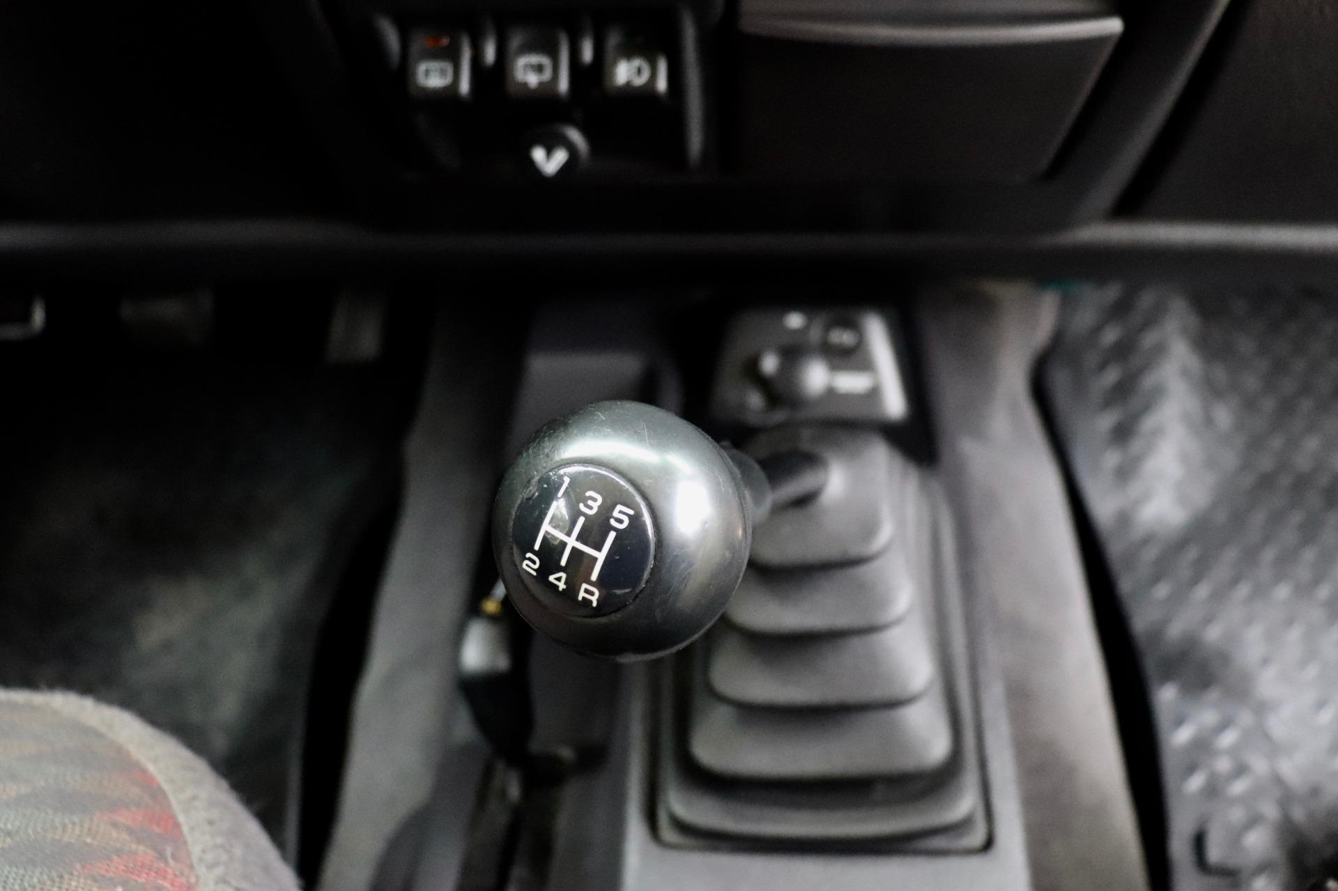 Used-2000-Jeep-Wrangler-2dr-Sport