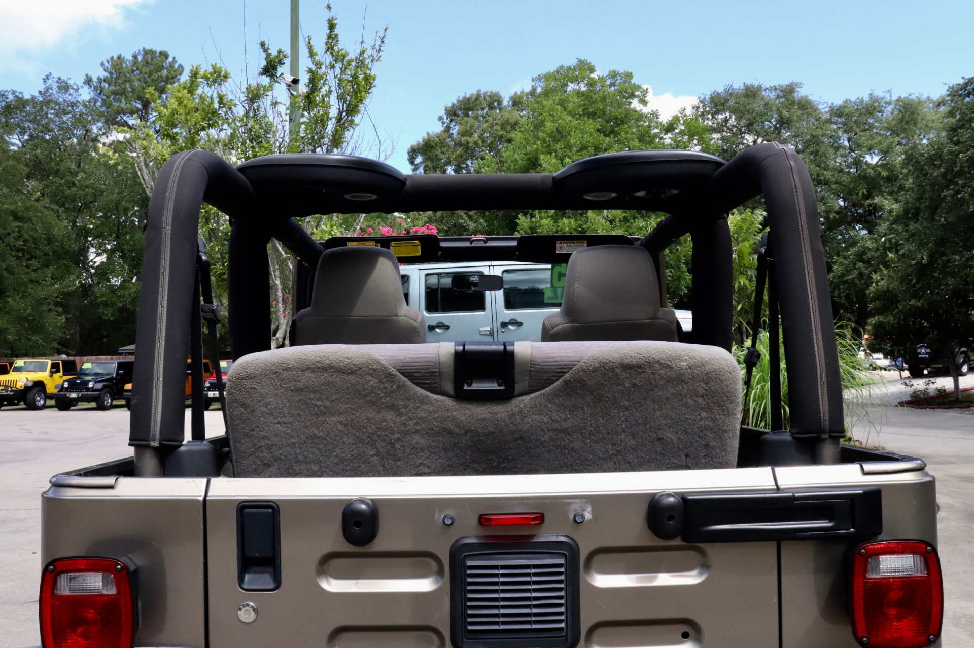 Used-2004-Jeep-Wrangler-2dr-Sport