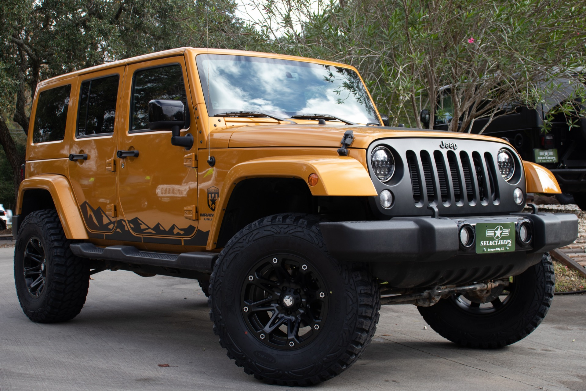 ... Used 2014 Jeep Wrangler Unlimited Altitude Edition 4WD  ...