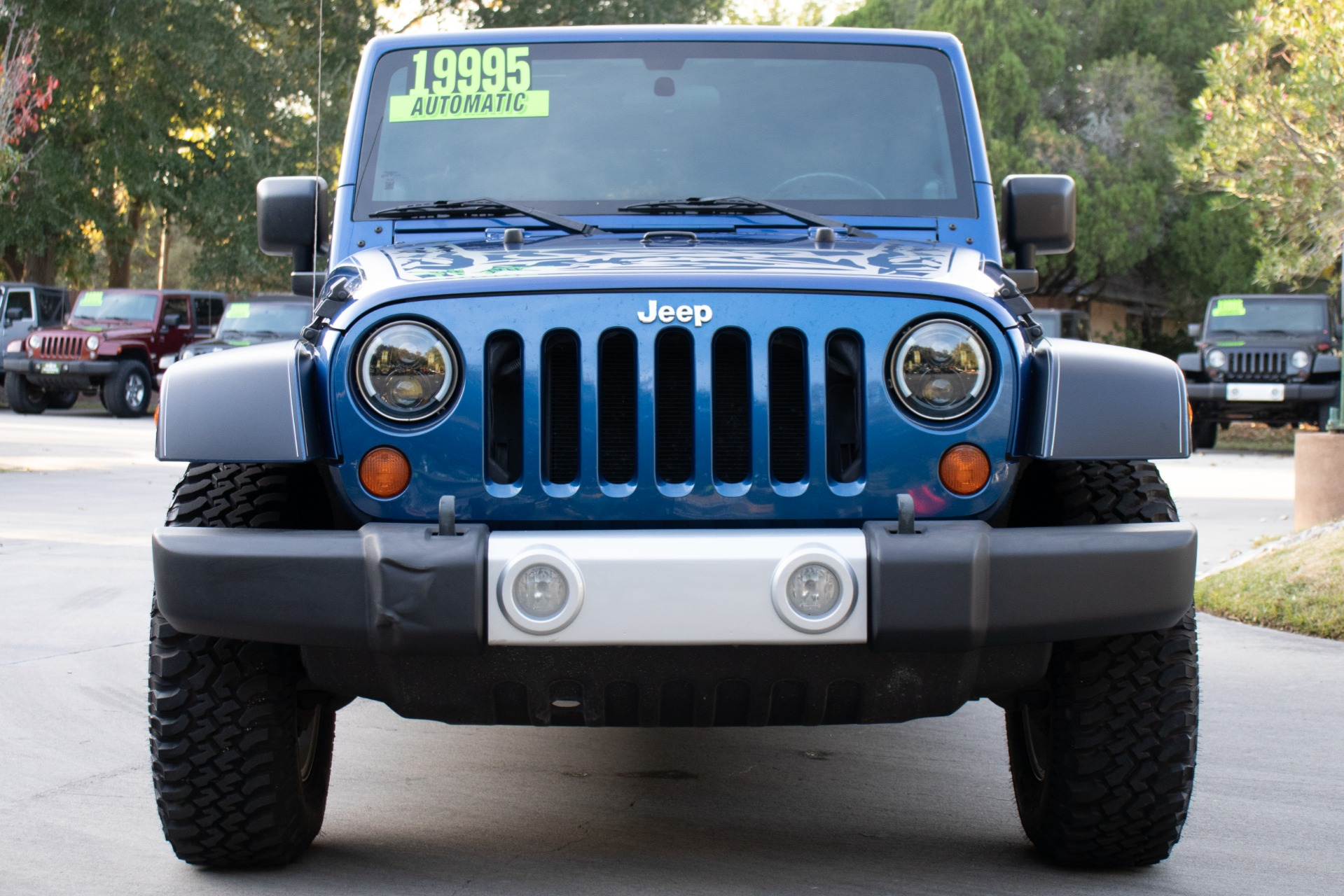 Used-2010-Jeep-Wrangler-Unlimited-Sahara-4WD-4dr-Sahara