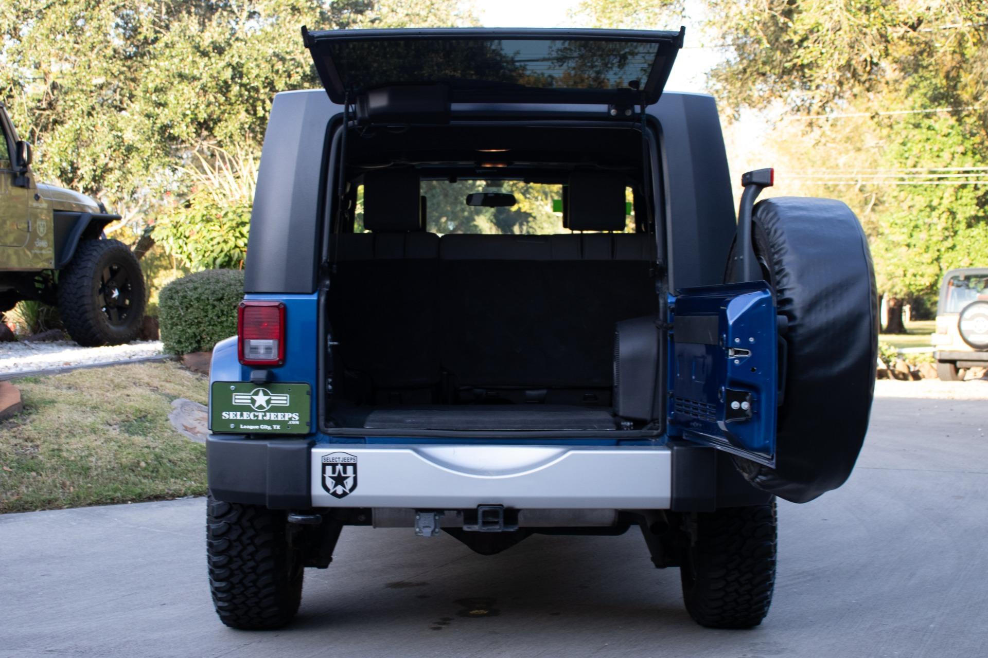 Used-2010-Jeep-Wrangler-Unlimited-Sahara-4WD-4dr-Sahara