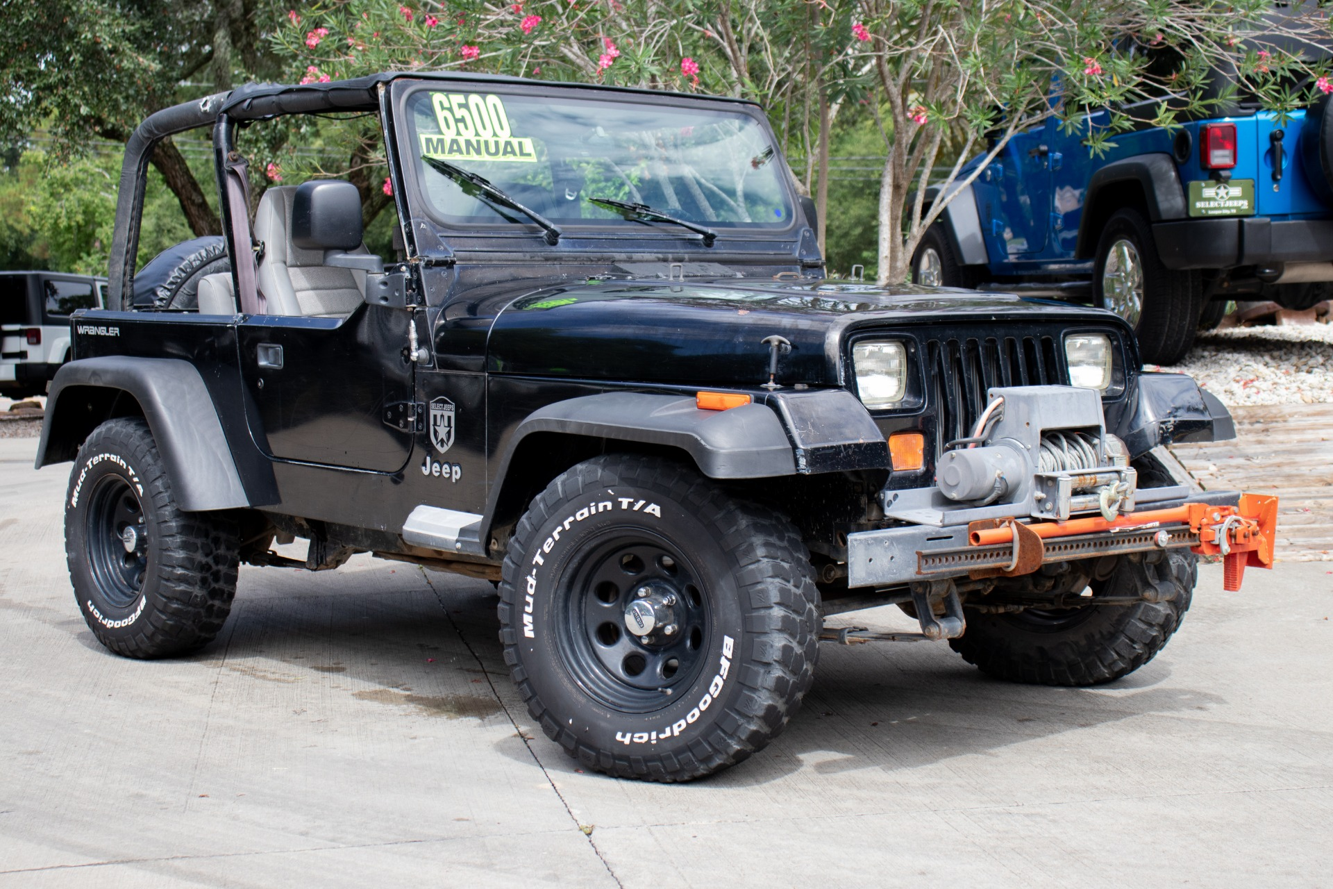 Used-1992-Jeep-Wrangler-2dr-S