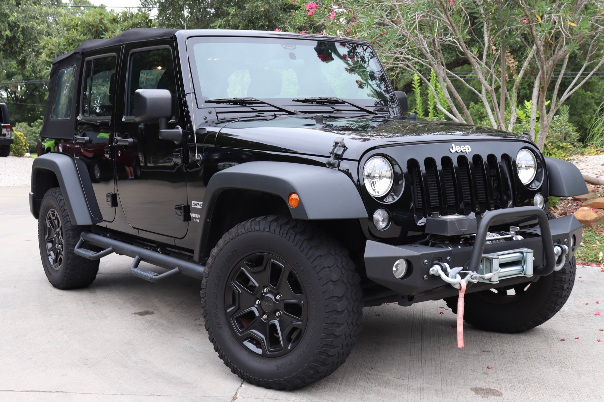 Used-2015-Jeep-Wrangler-Unlimited-Sport-4WD-4dr-Sport