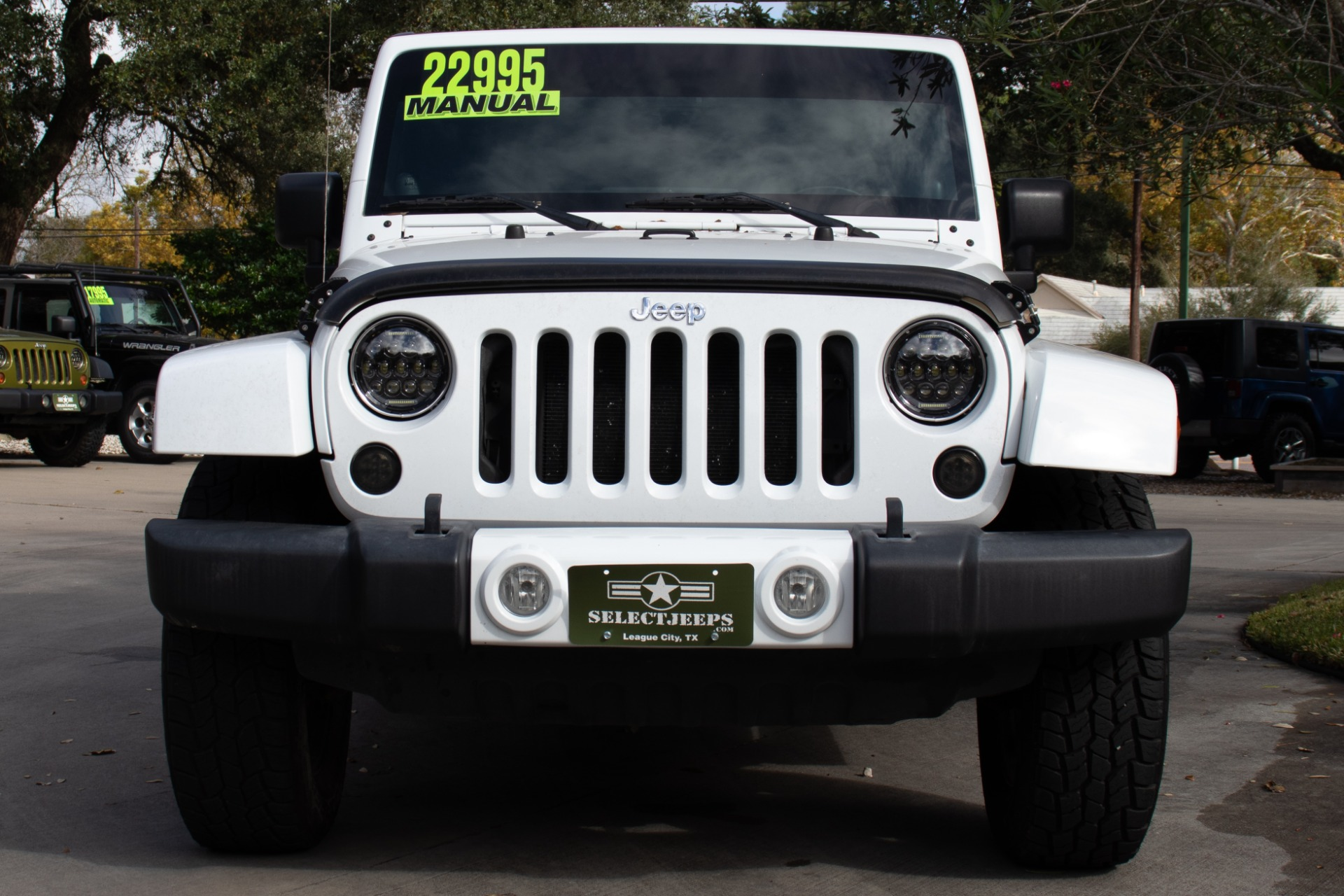 Used-2013-Jeep-Wrangler-Sahara