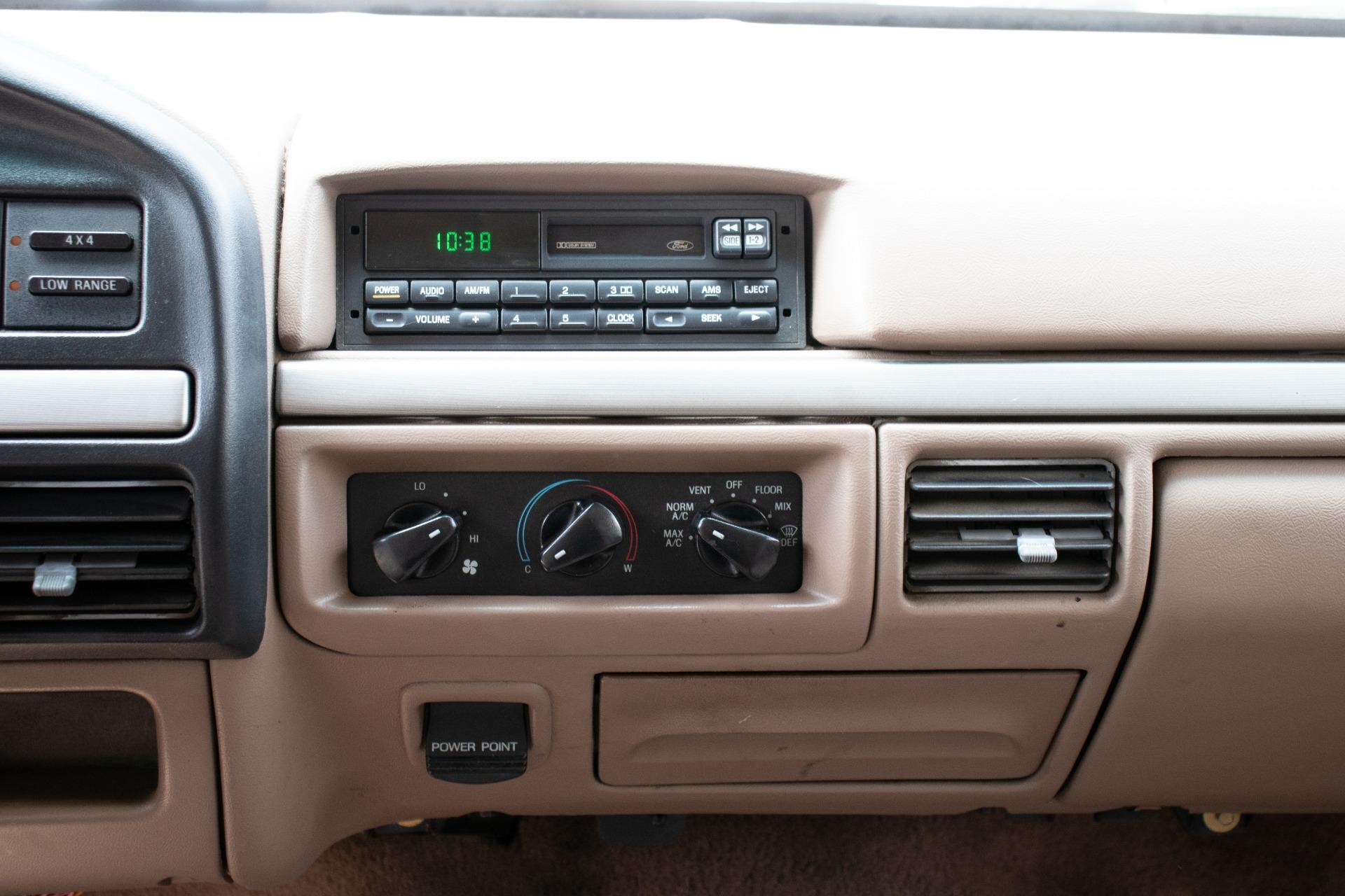 Used-1995-Ford-Bronco-Eddie-Bauer
