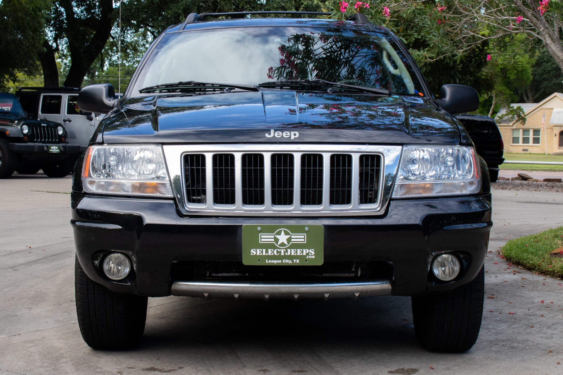 Used-2004-Jeep-Grand-Cherokee-4dr-Limited