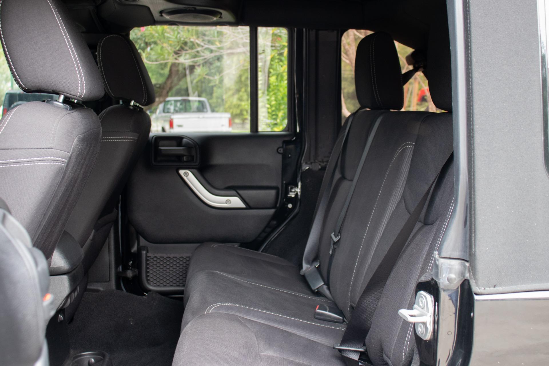 Used-2013-Jeep-Wrangler-Unlimited-Sahara-4WD-4dr-Sahara