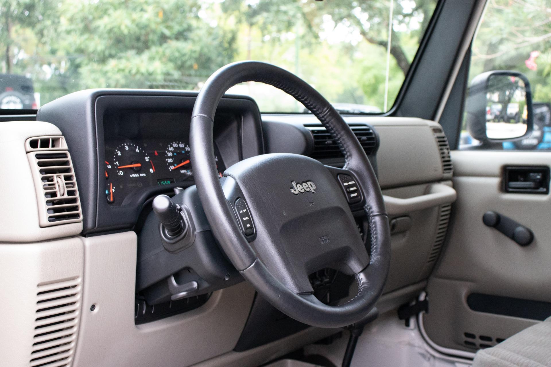 Used-2005-Jeep-Wrangler-2dr-Sport