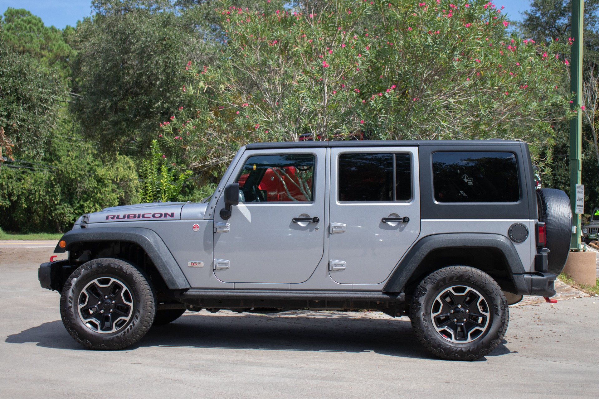 Used-2013-Jeep-Wrangler-Unlimited-10th-Anniversary-Rubicon