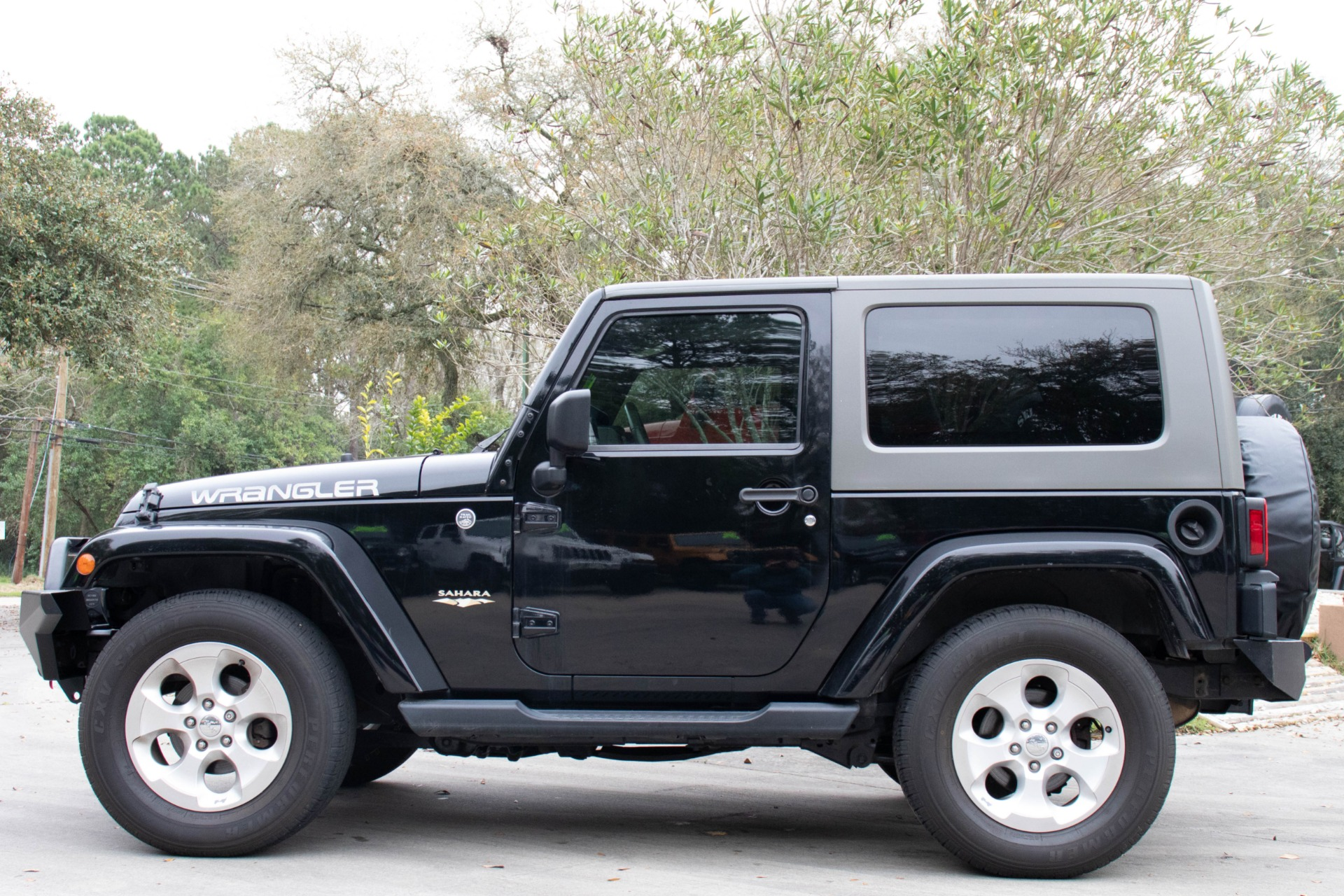 Used-2009-Jeep-Wrangler-Sahara