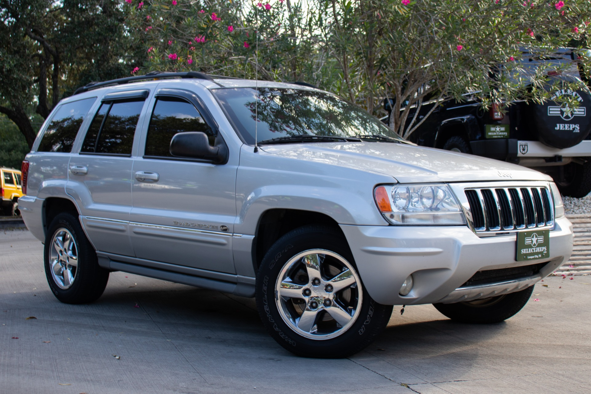 Used 2004 Jeep Grand Cherokee Overland For Sale 8 995 Select Jeeps Inc Stock 203992
