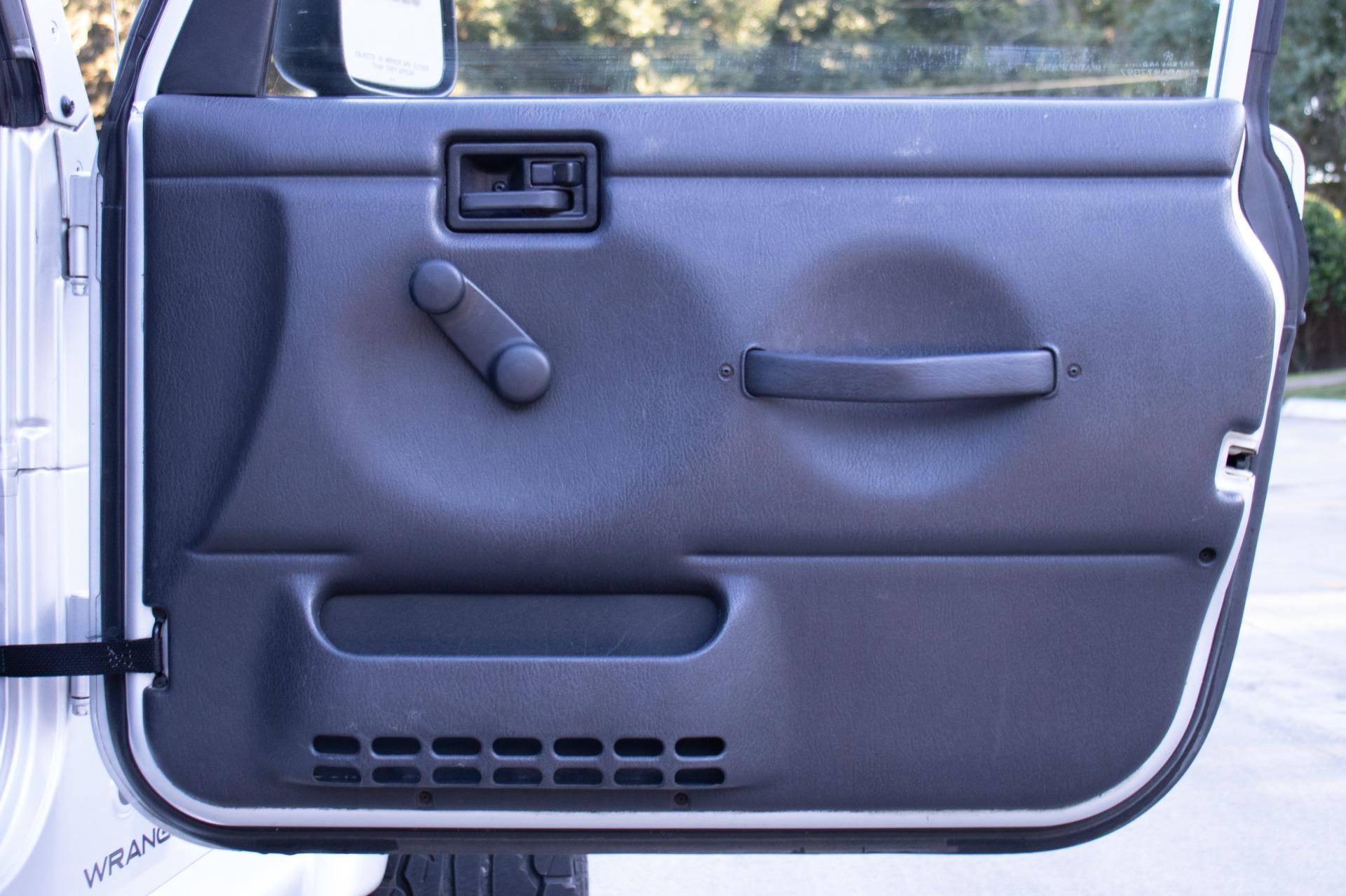 Used-2003-Jeep-Wrangler-Freedom-Edition