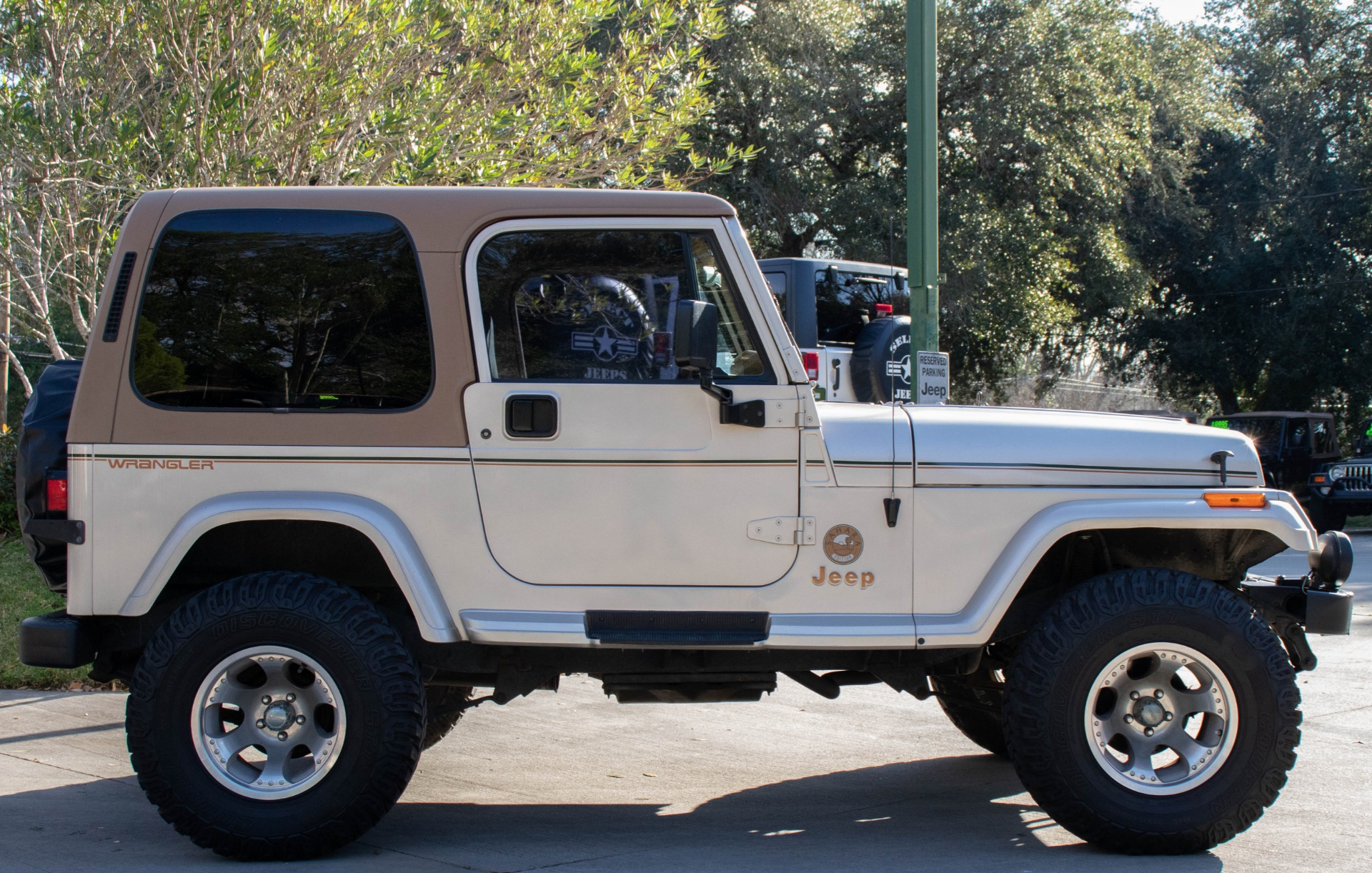 Used-1995-Jeep-Wrangler-Sahara
