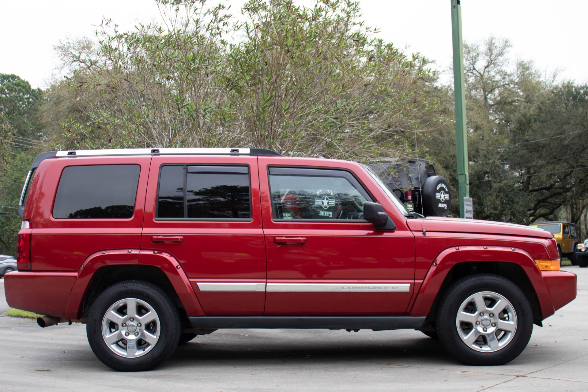 Used-2006-Jeep-Commander-Limited