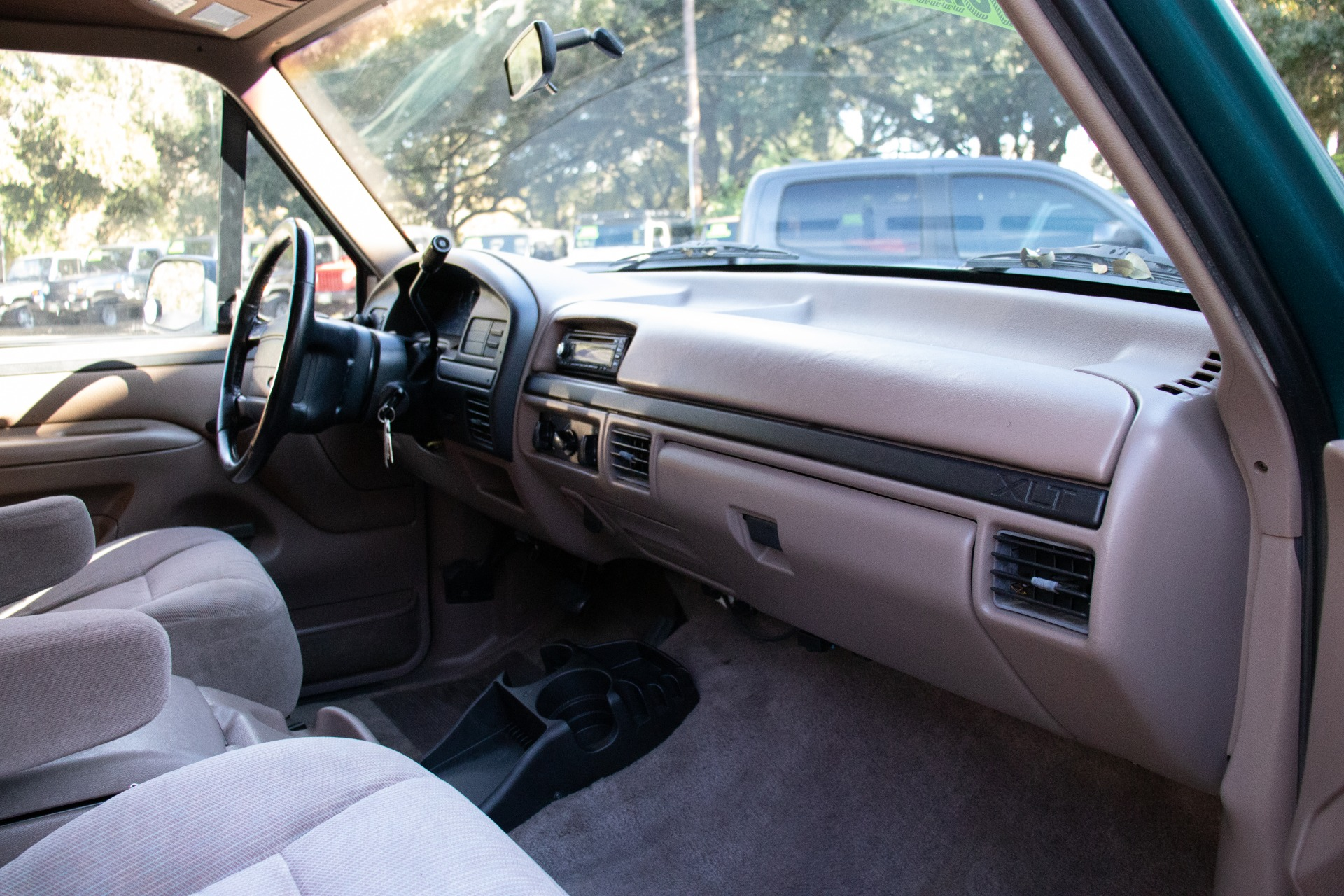 Used-1996-Ford-Bronco-XLT
