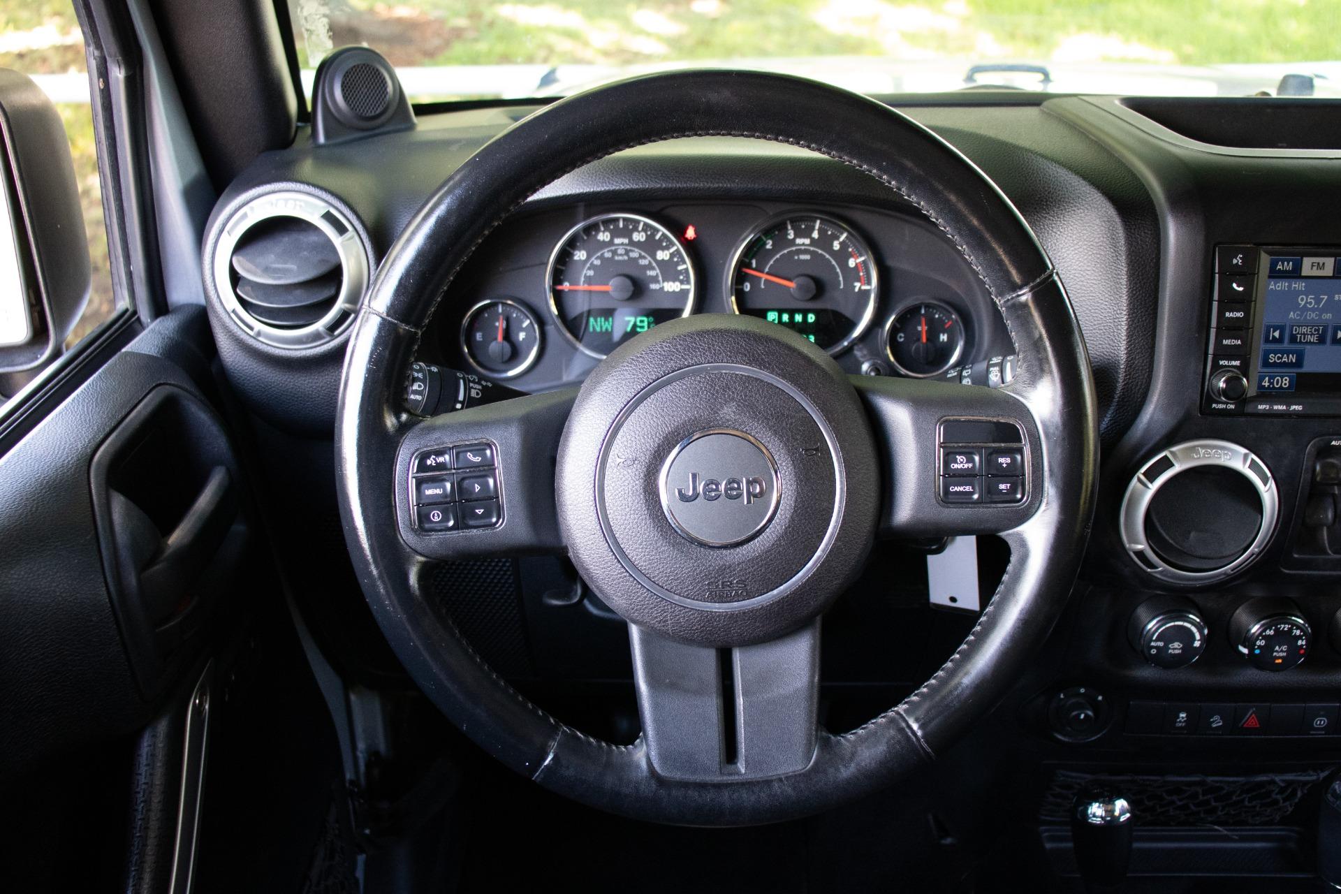 Used-2011-Jeep-Wrangler-Unlimited-Sahara