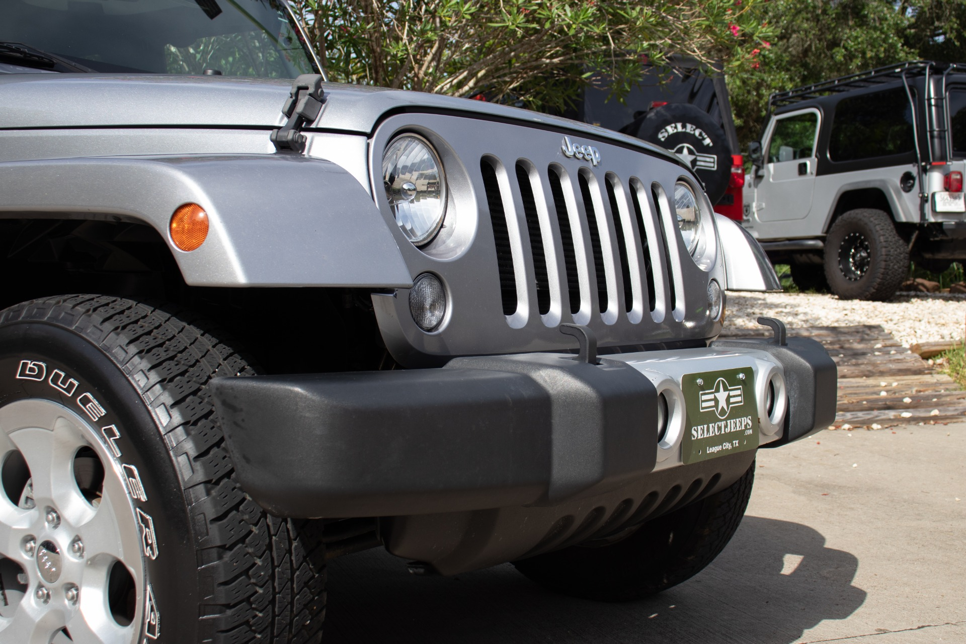 Used-2014-Jeep-Wrangler-Unlimited-Sahara