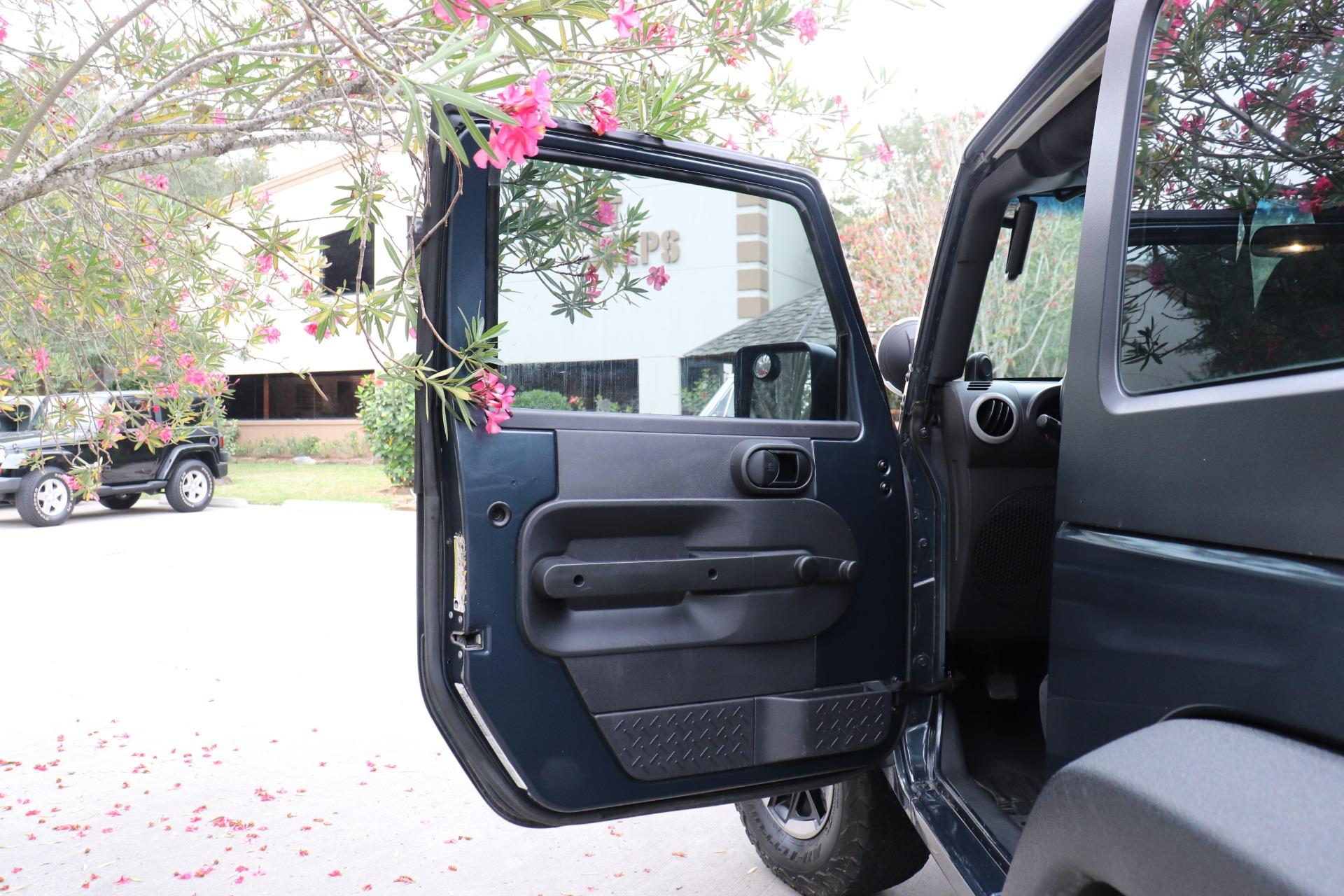 Used-2008-Jeep-Wrangler-X