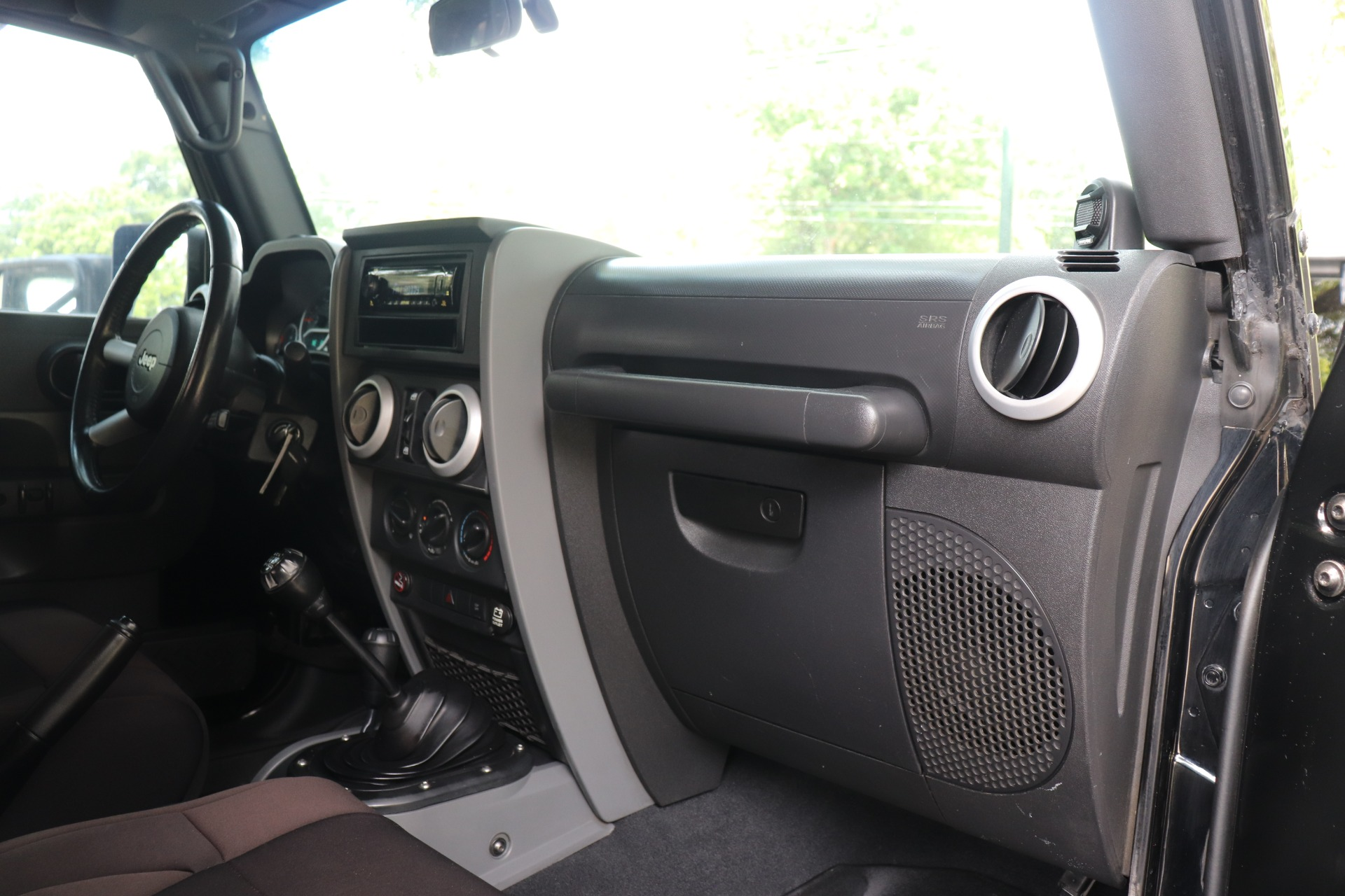 Used-2008-Jeep-Wrangler-Unlimited-Sahara