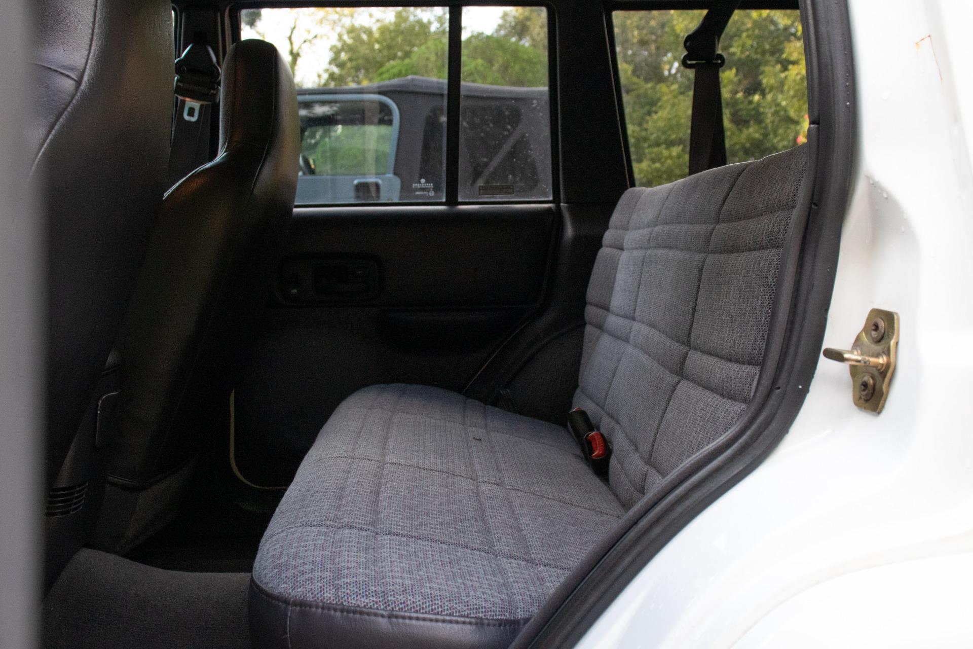 Used-2000-Jeep-Cherokee-Sport