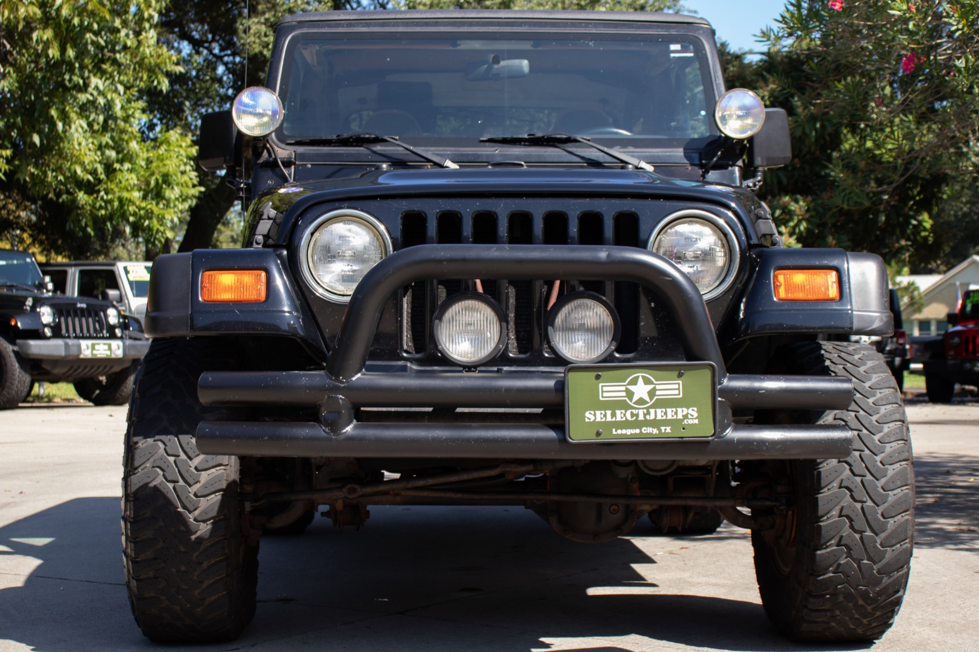 Used-1998-Jeep-Wrangler-Sahara