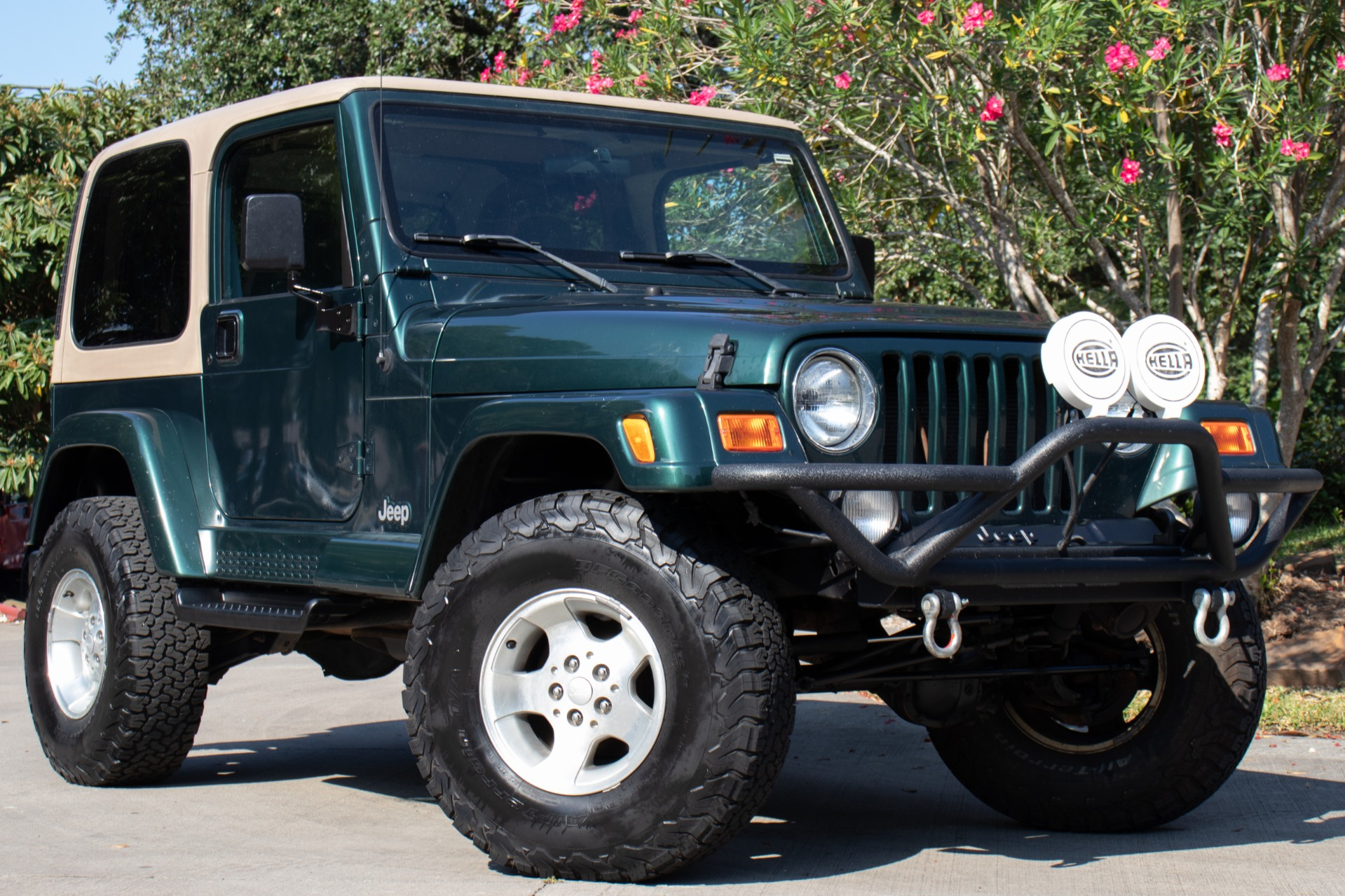 jeep wrangler 2000 sahara jeeps interior hardtop select craigslist rear window soft colors glass engine remove