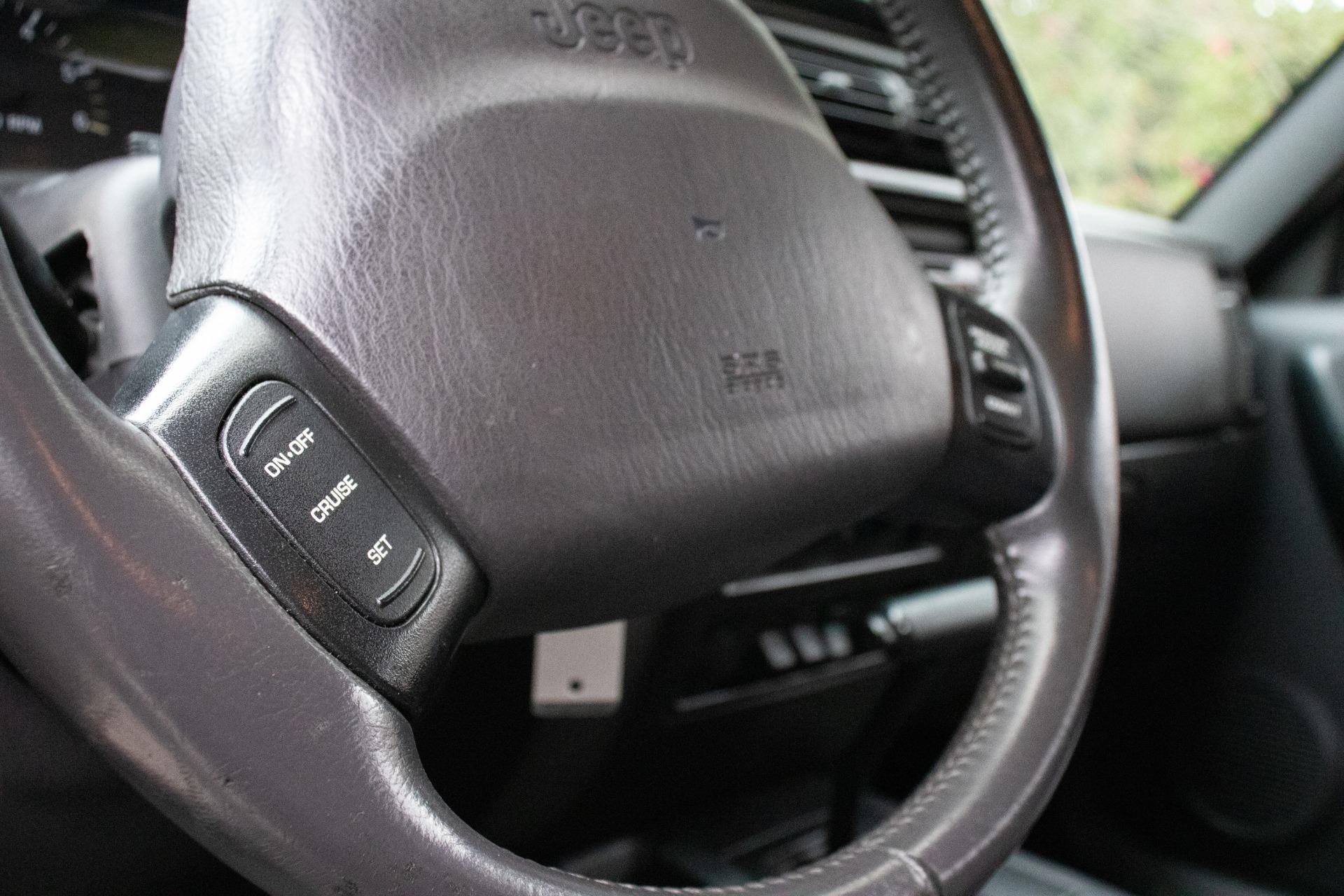 Used-2001-Jeep-Cherokee-Sport