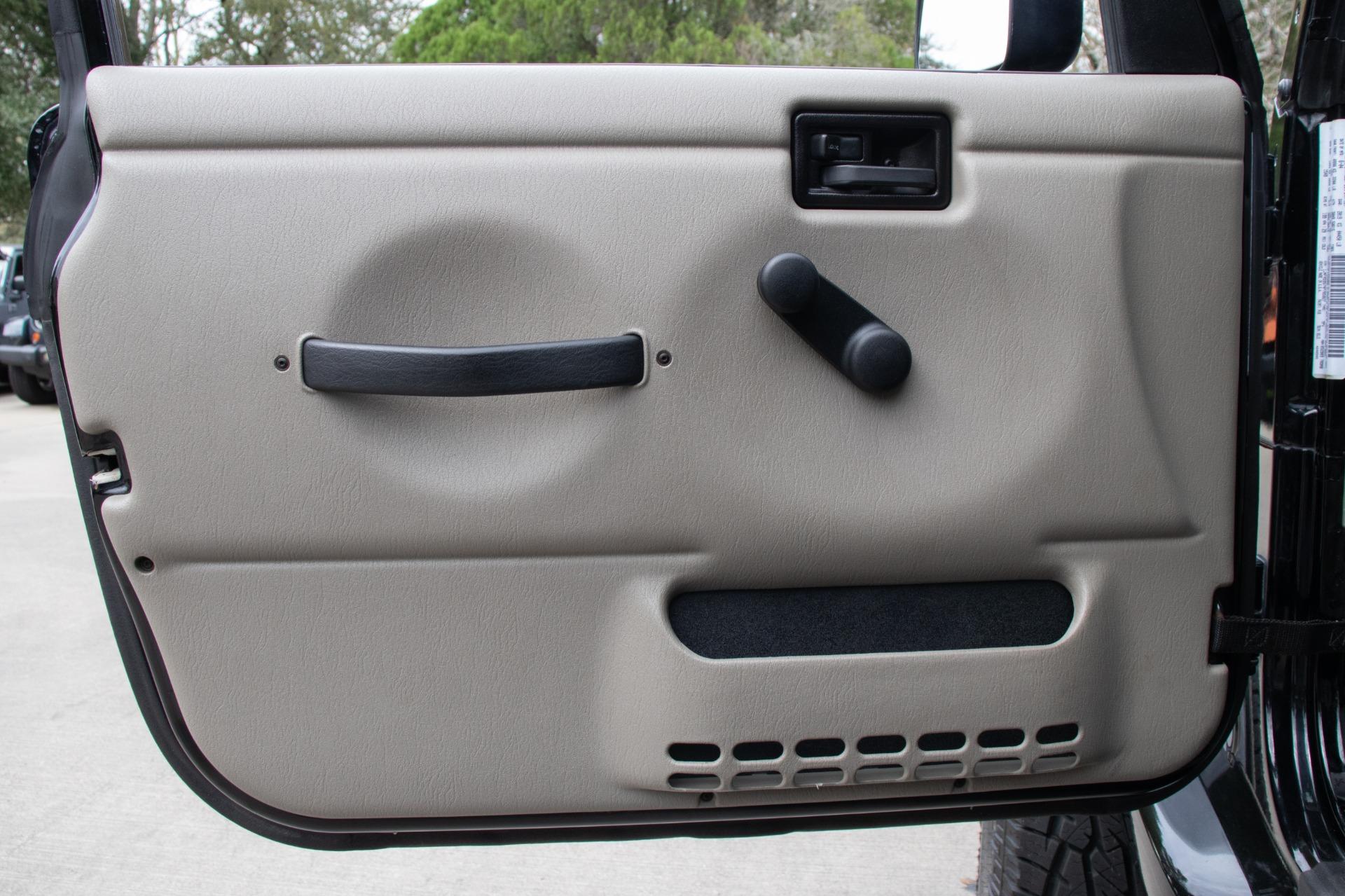 Used-2004-Jeep-Wrangler-Sahara