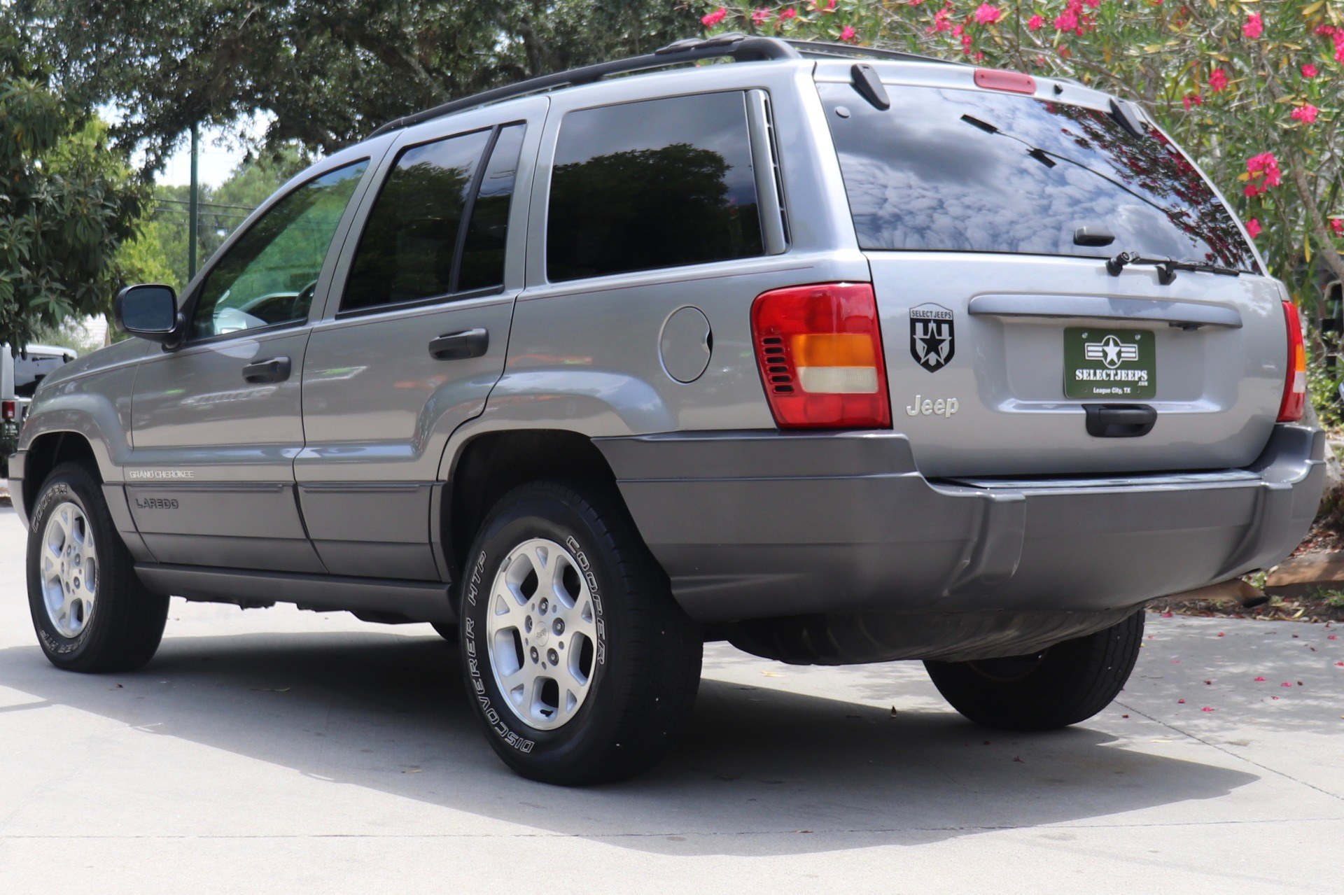Used-2001-Jeep-Grand-Cherokee-Laredo