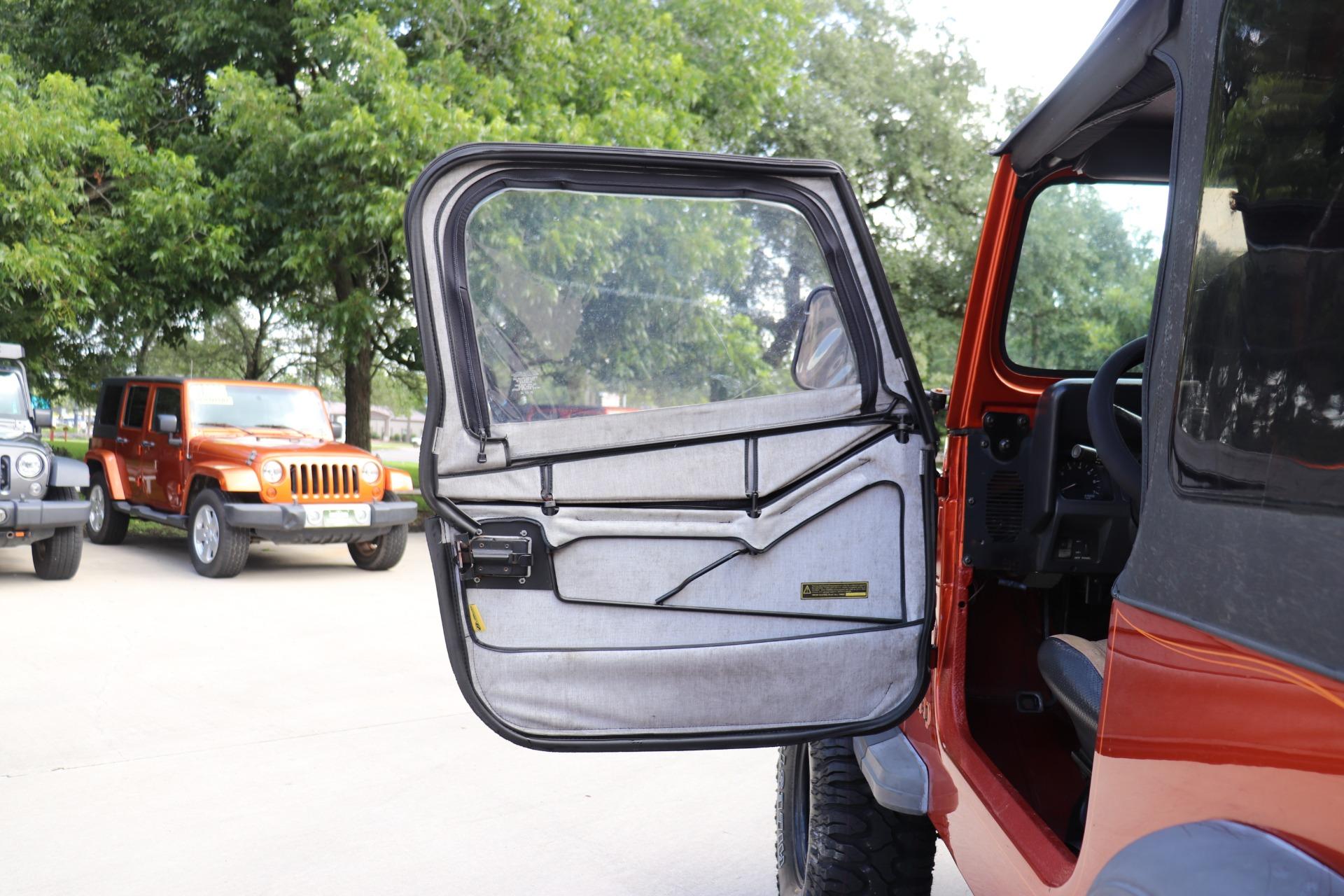 Used-1992-Jeep-Wrangler