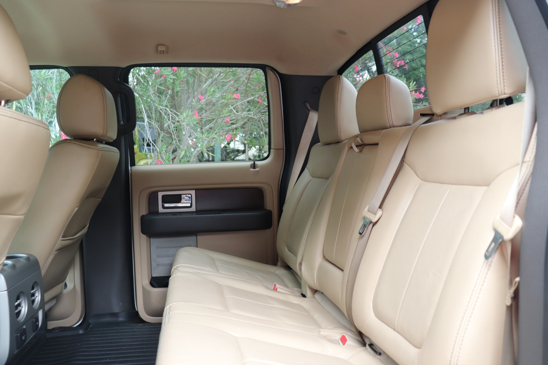 Used-2012-Ford-F-150-Lariat
