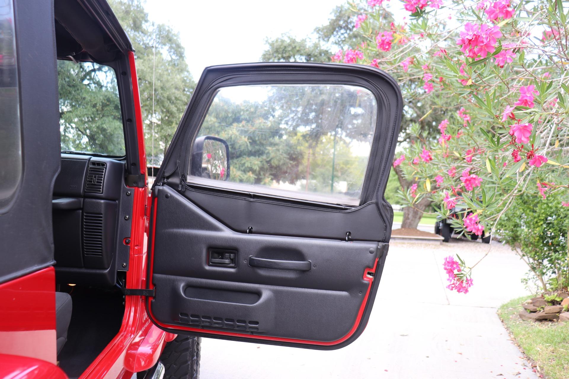 Used-2005-Jeep-Wrangler-Rocky-Mountain-Edition