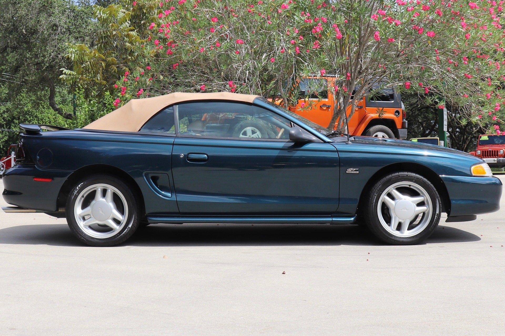 Used-1994-Ford-Mustang-GT