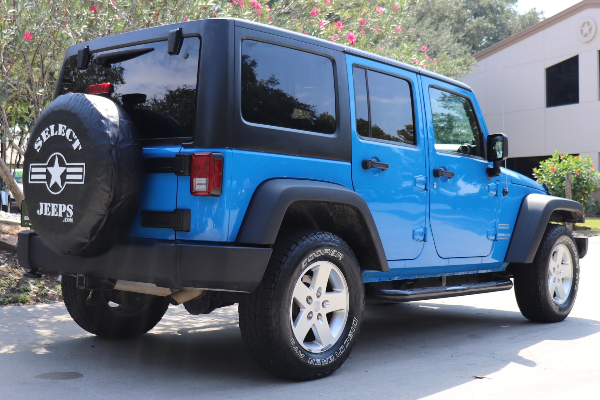 Used-2012-Jeep-Wrangler-Unlimited-Sport