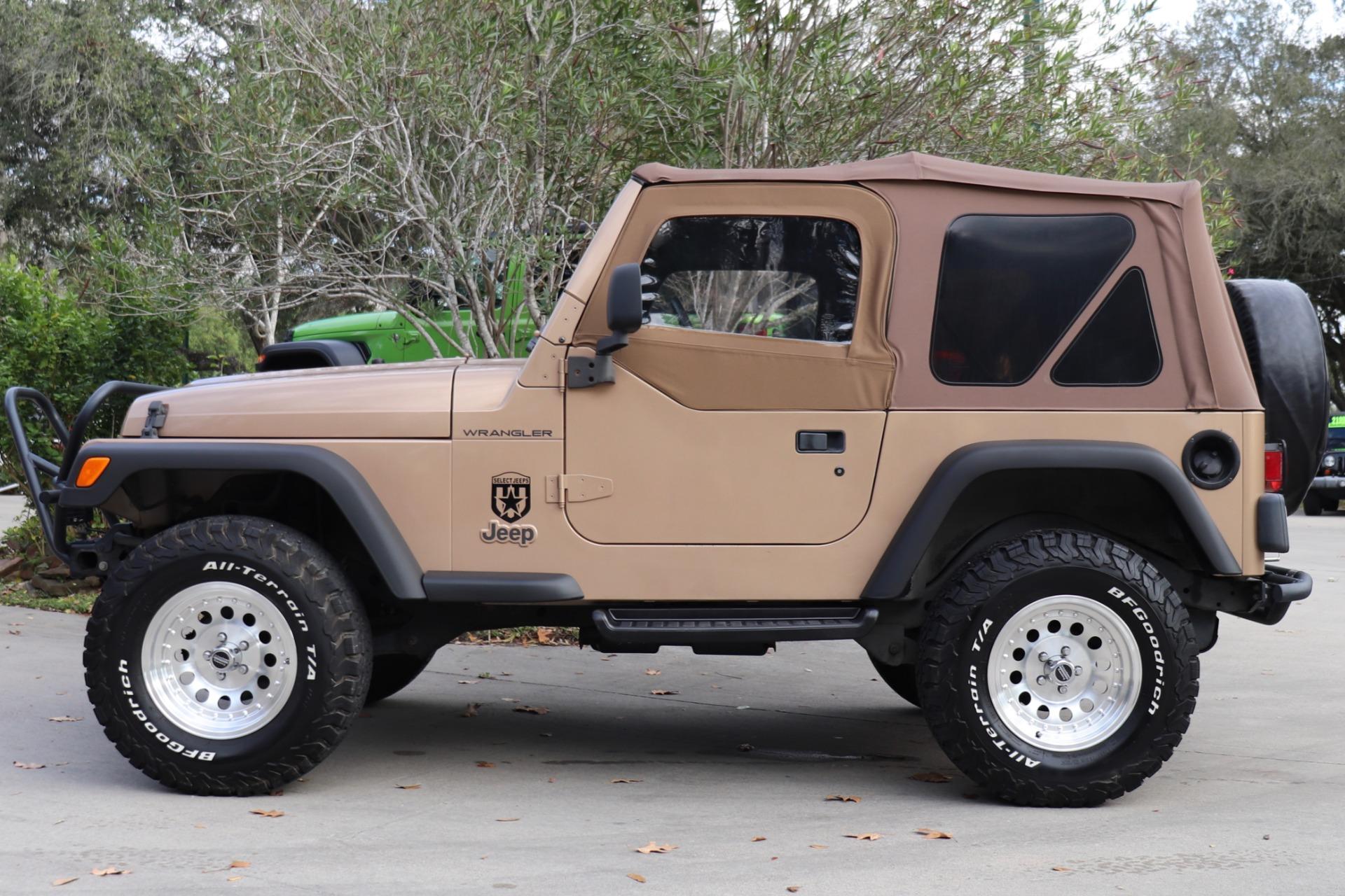 Used-1999-Jeep-Wrangler-SE