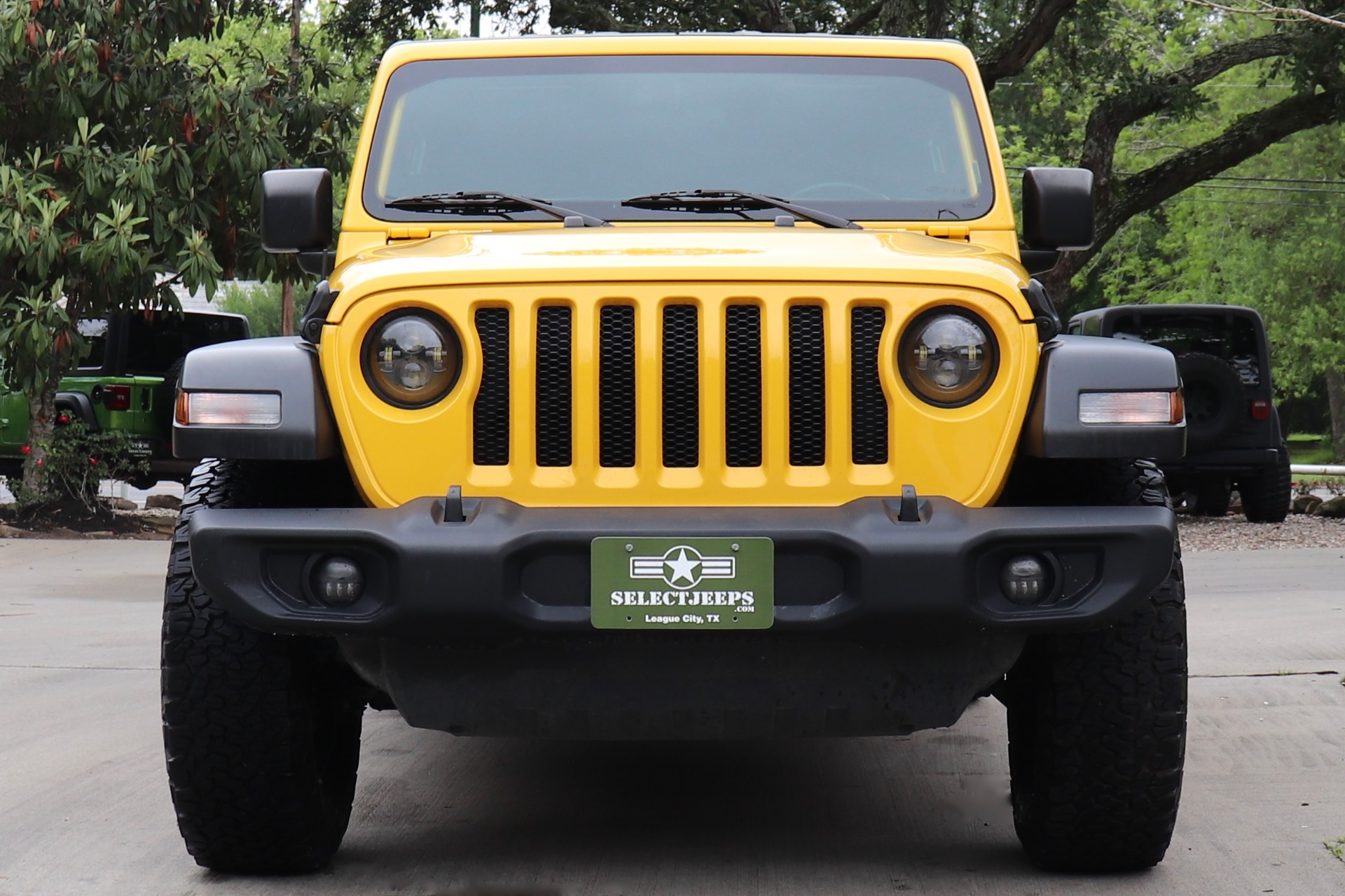 Used-2019-Jeep-Wrangler-Unlimited-Sport