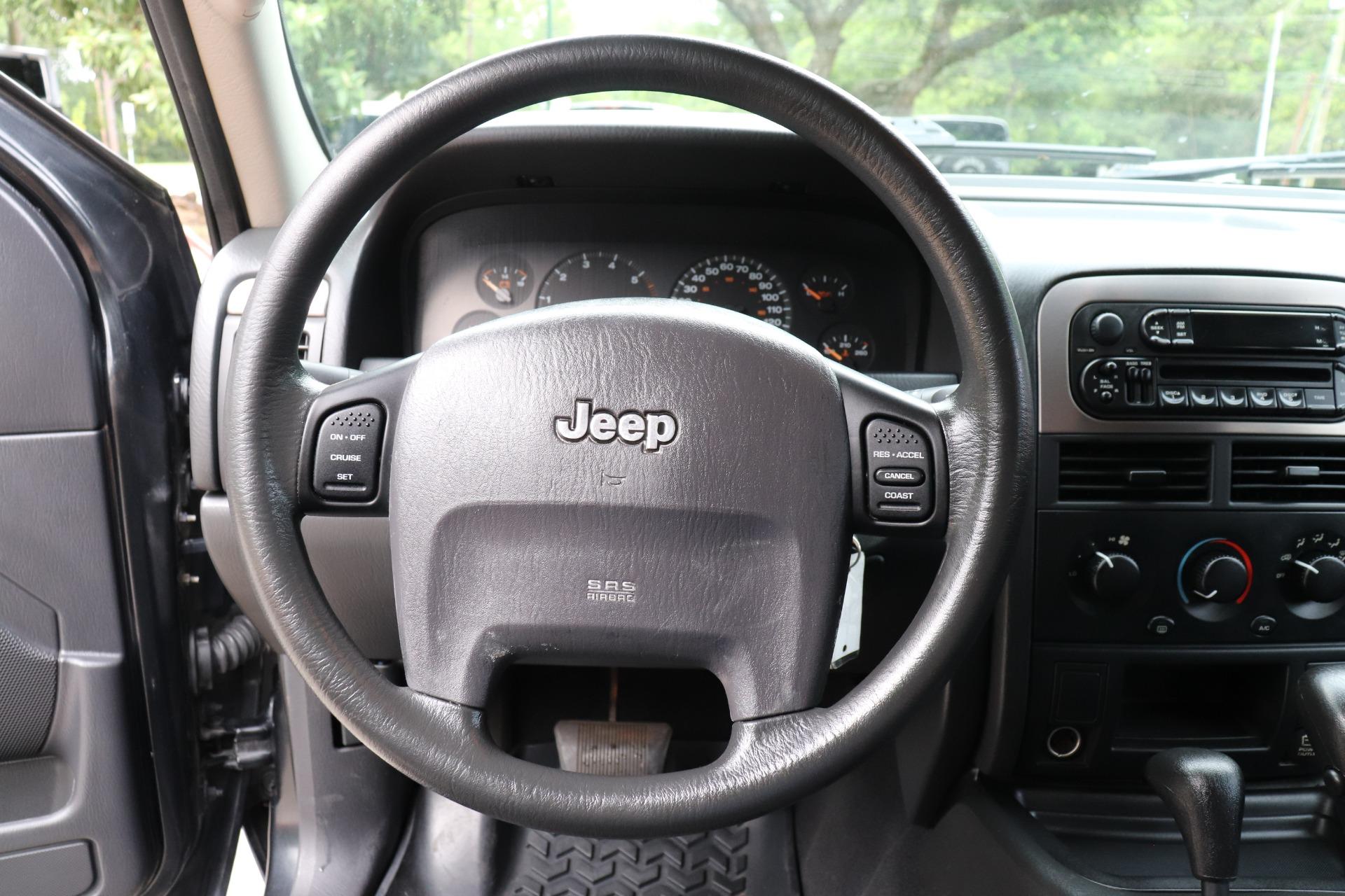 Used-2003-Jeep-Grand-Cherokee-Laredo