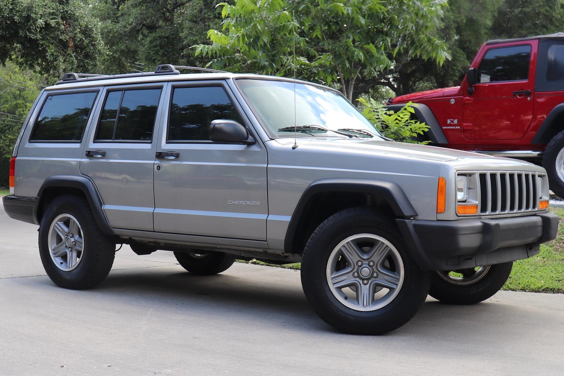 Used-2001-Jeep-Cherokee-SE