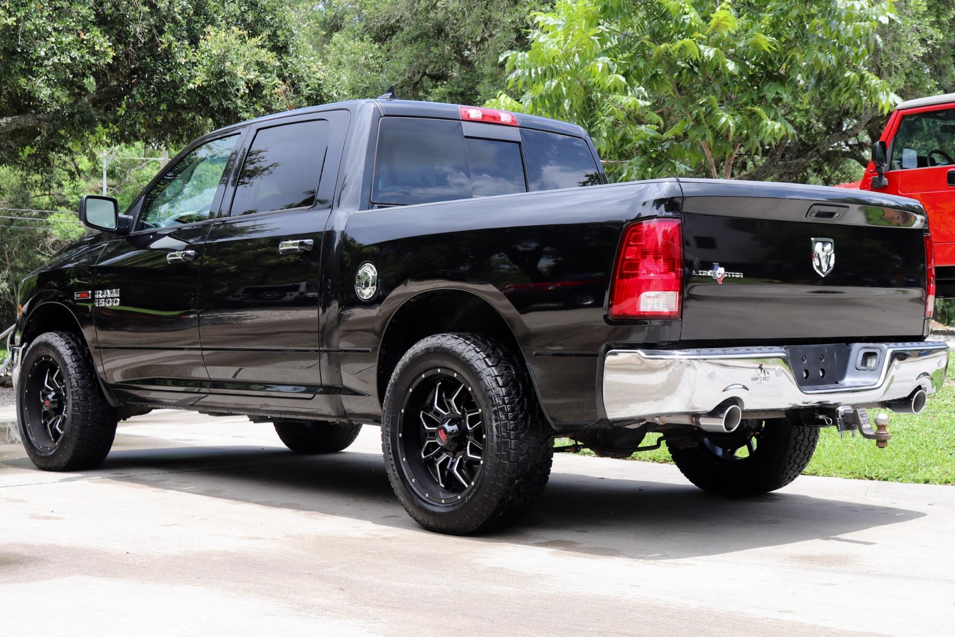 Used-2015-Ram-Pickup-1500-Lone-Star