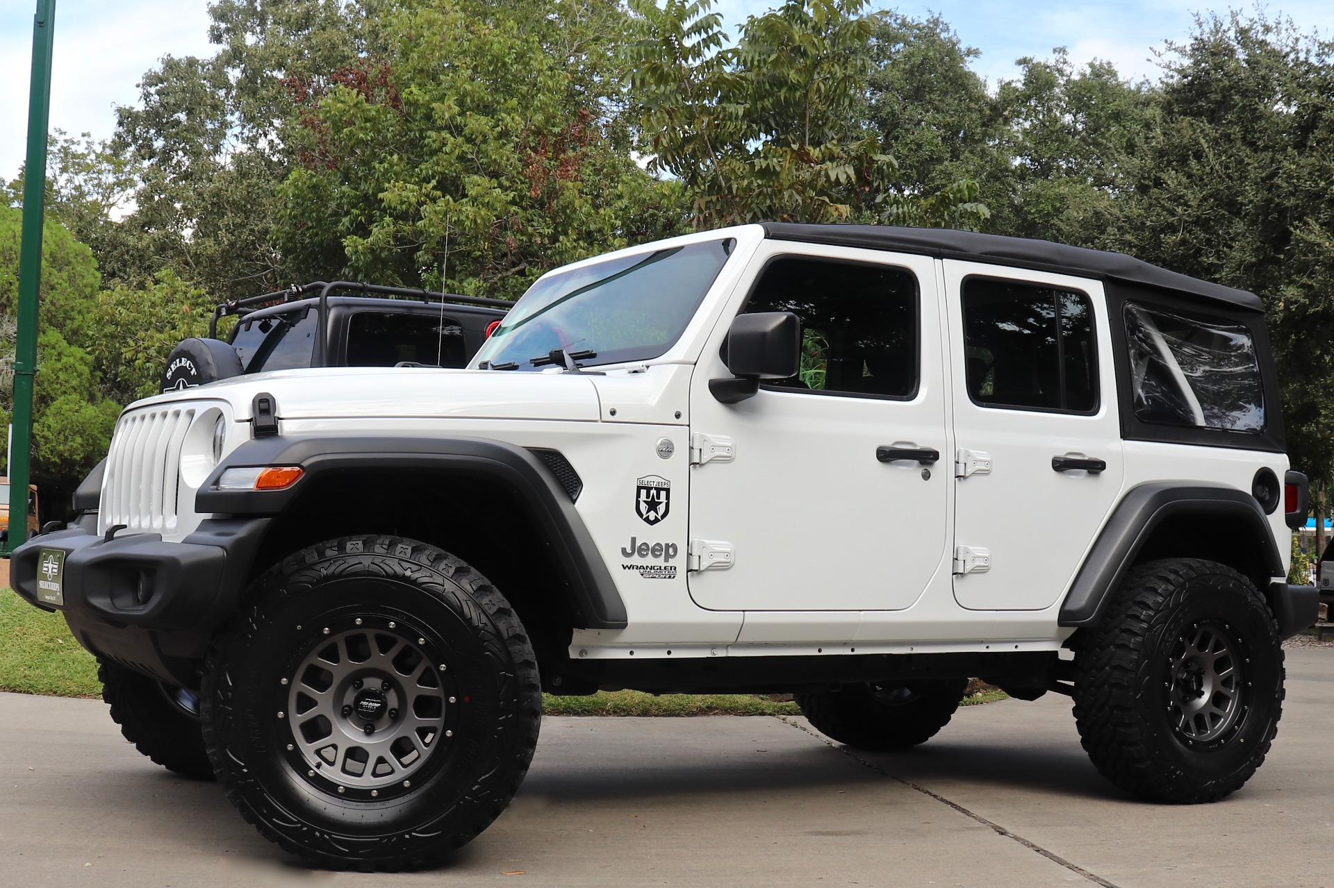 Used-2018-Jeep-Wrangler-Unlimited-Sport