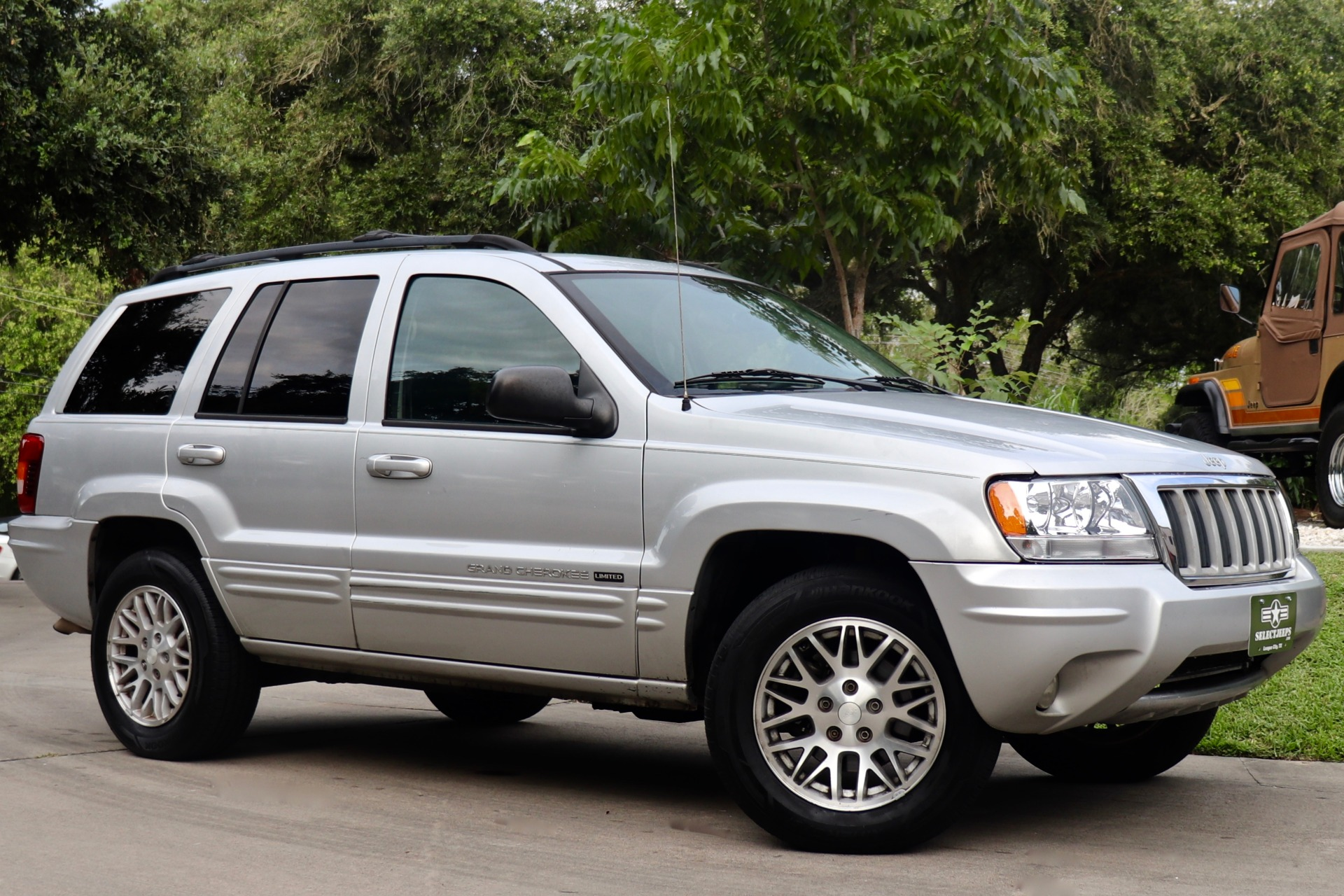Used-2004-Jeep-Grand-Cherokee-Limited