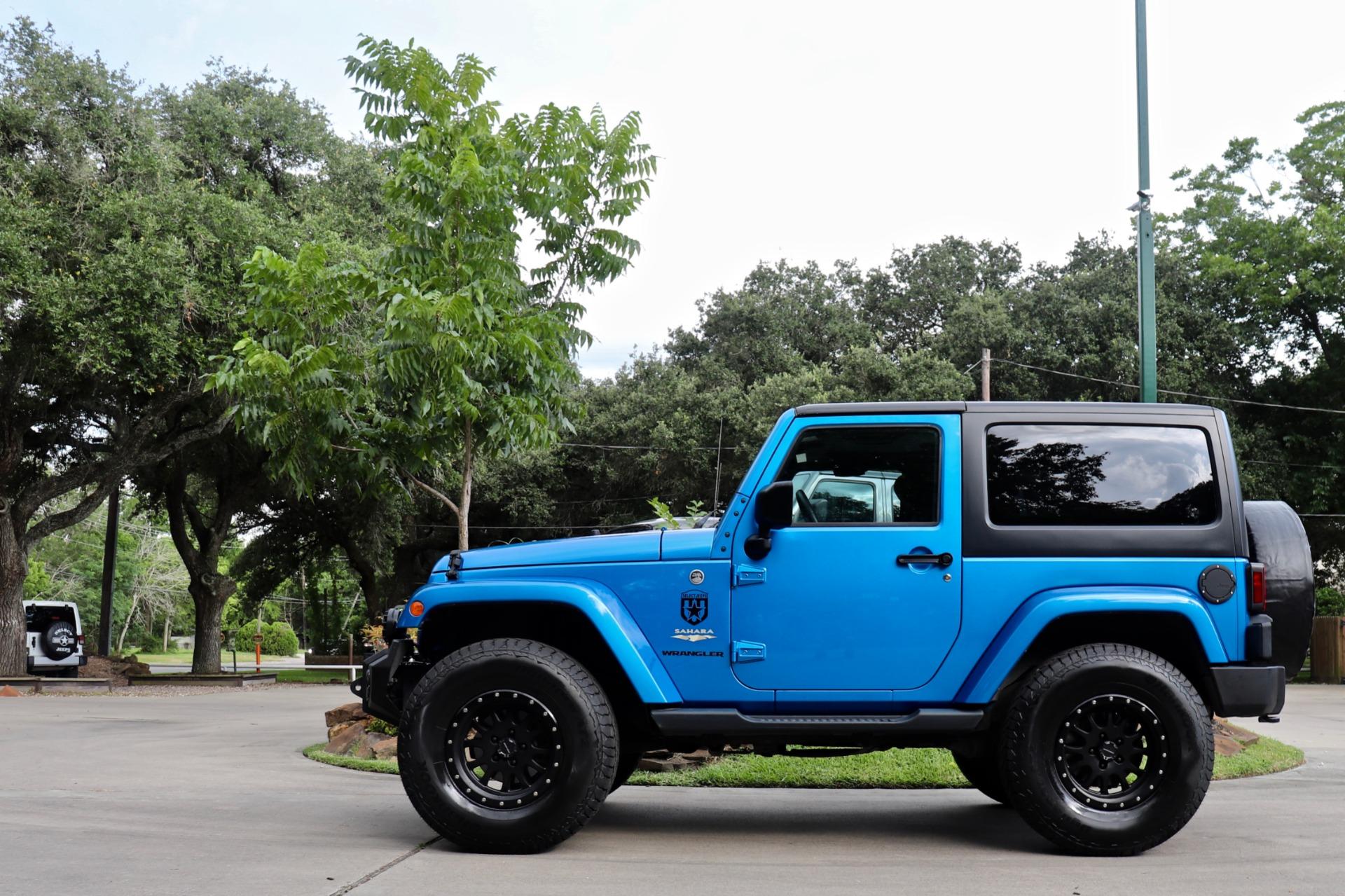 Used-2015-Jeep-Wrangler-Sahara
