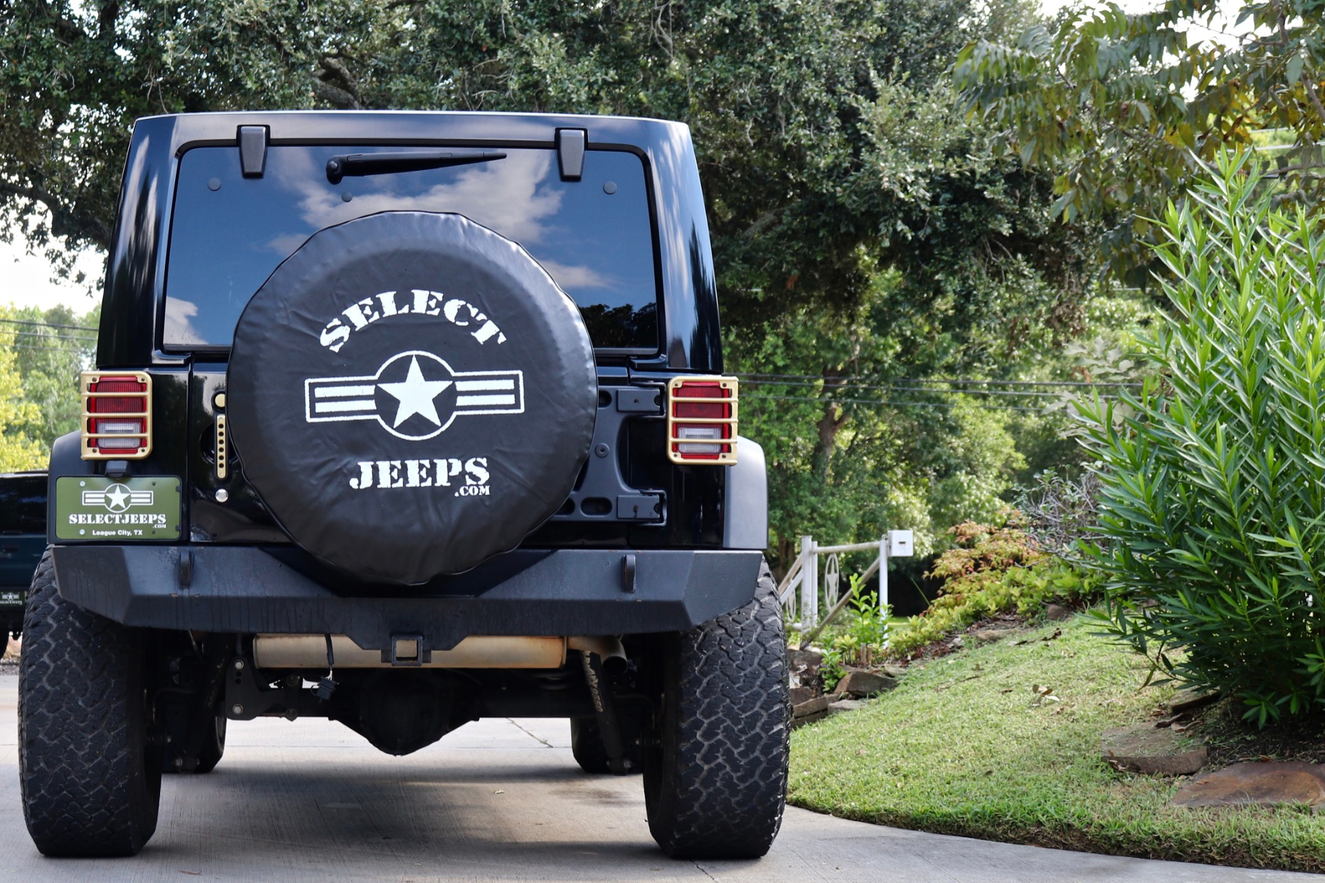 Used-2015-Jeep-Wrangler-Unlimited-Rubicon